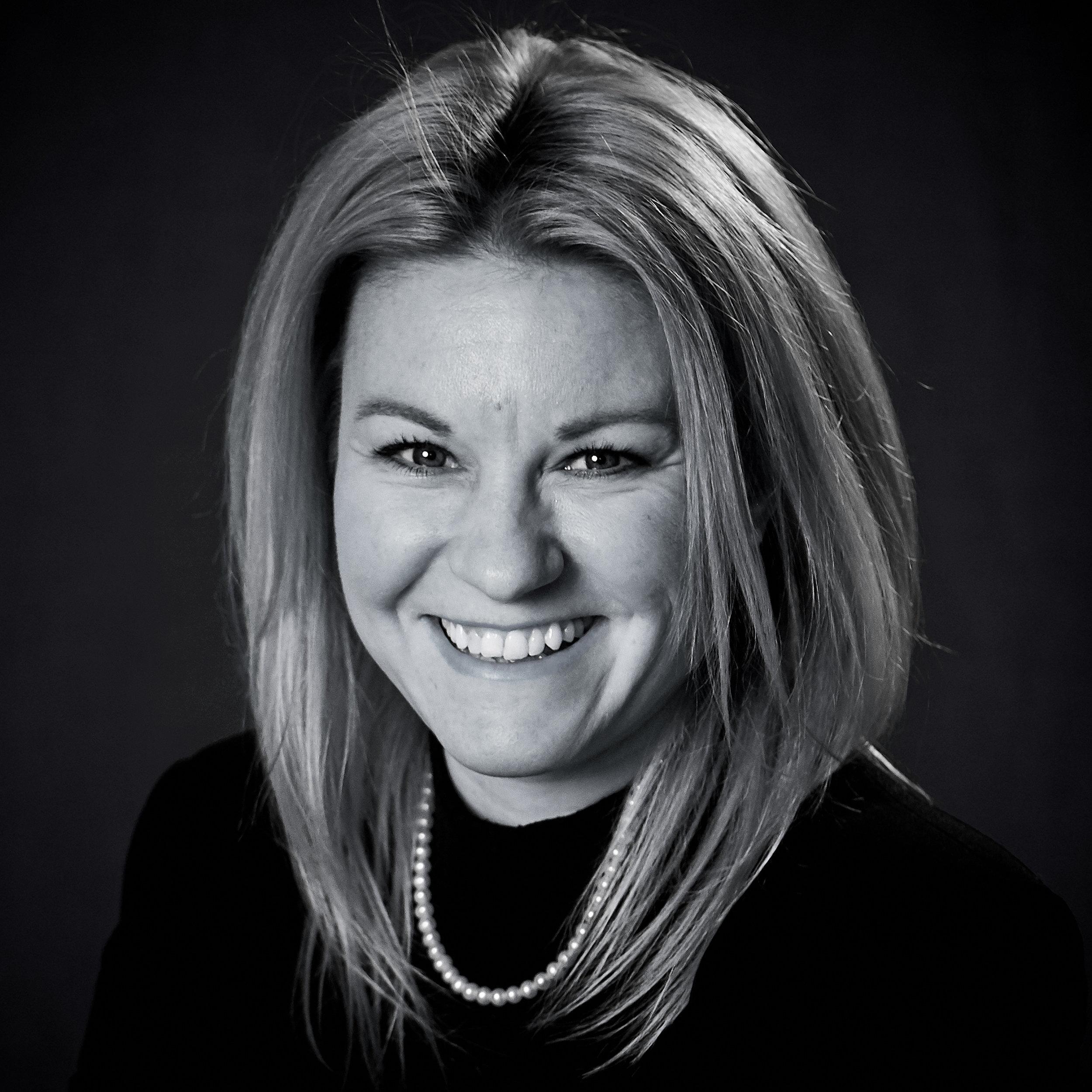 IRENE NIEDERER – Geschäftsführerin