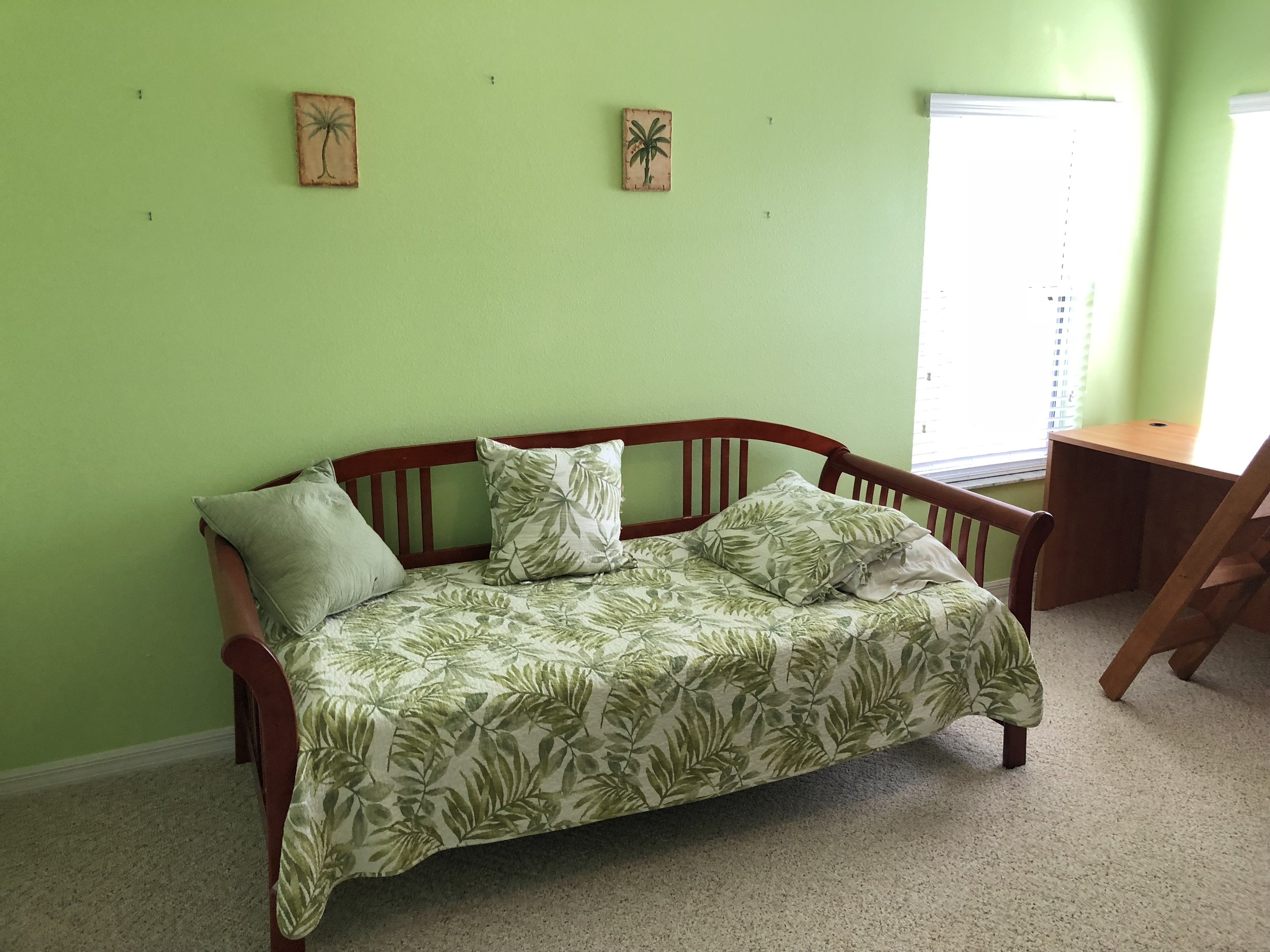 Upstairs Bedroom Day Bed