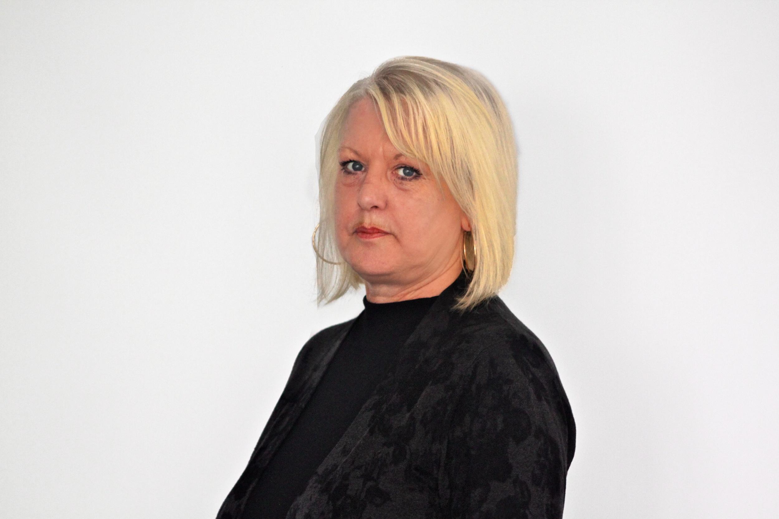 Elizabeth Hallahan   Legal Secretary