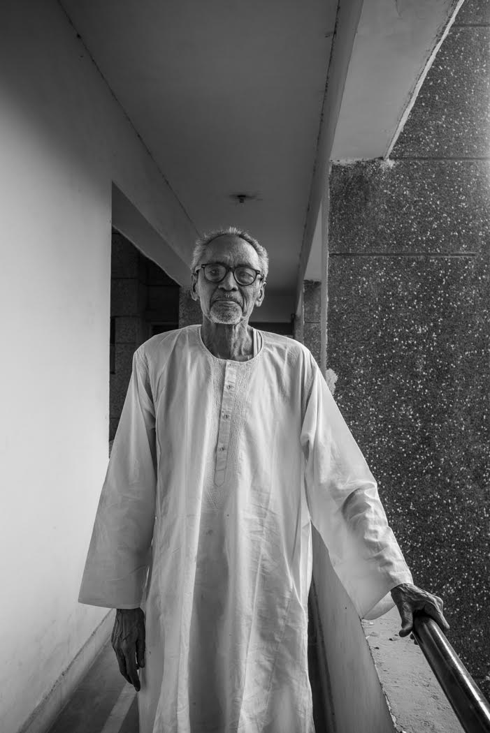 I return to Delhi to see Professor Chander who advises us on water conservation