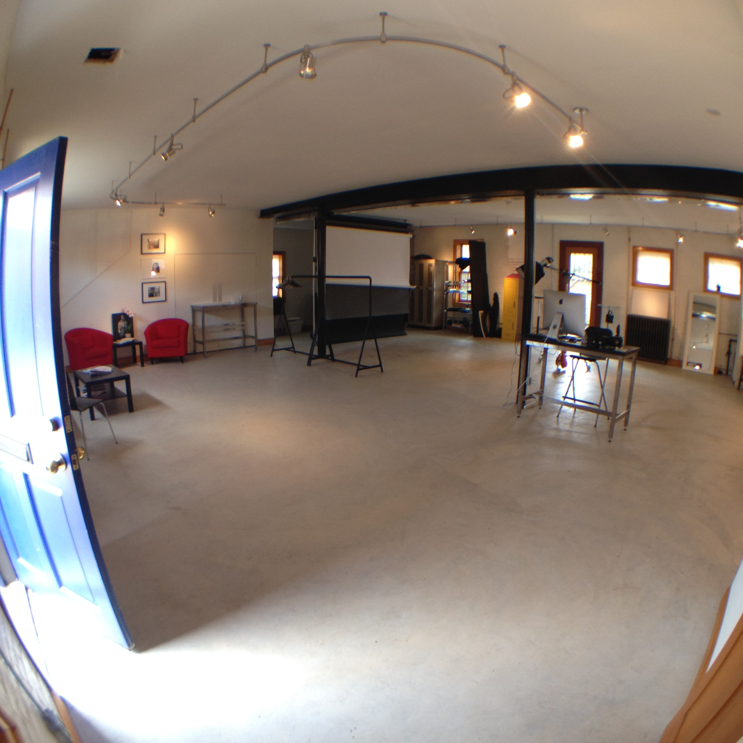 Cedric Terrell Studio shot with the ollo fish eye lens.