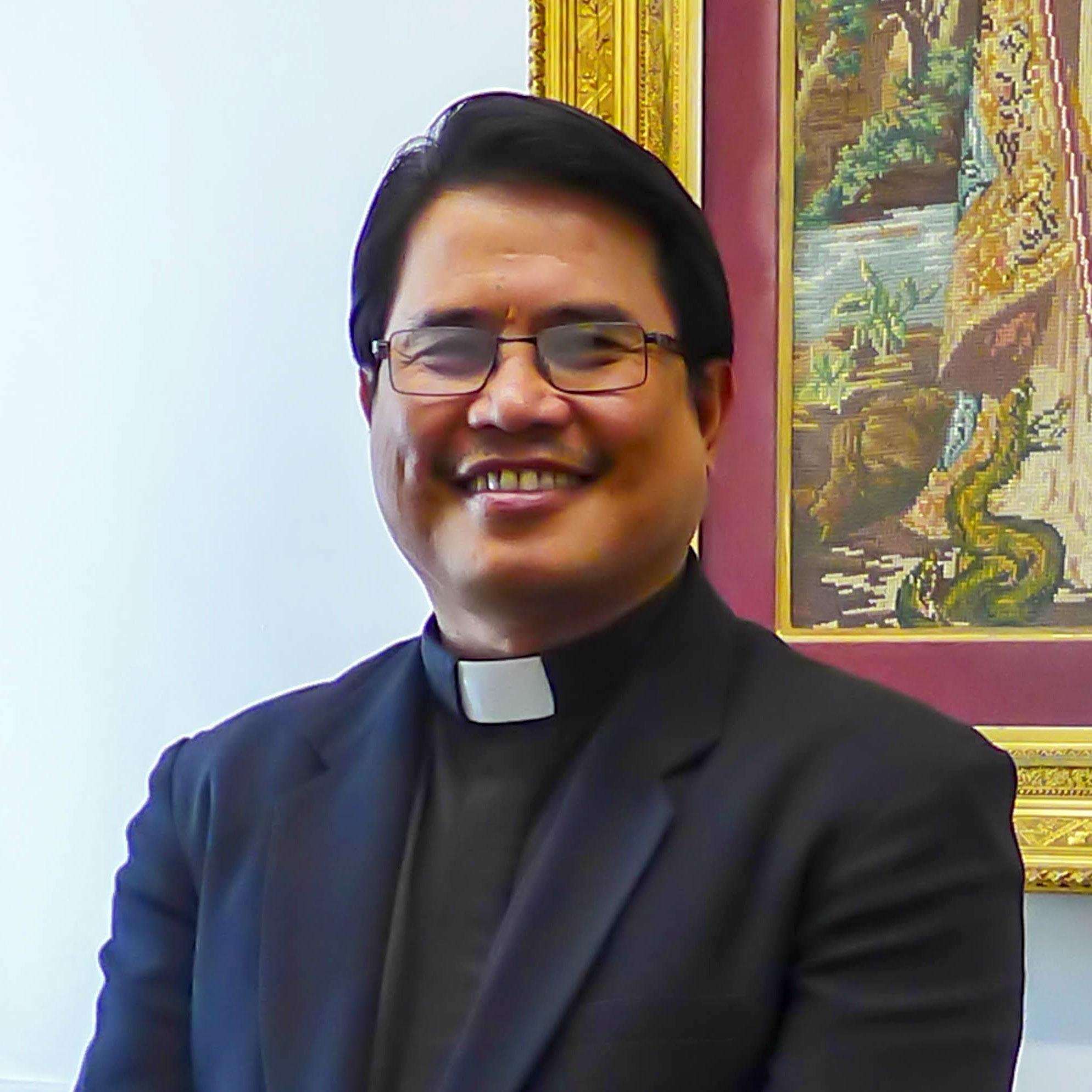 Fr.Obet.jpg