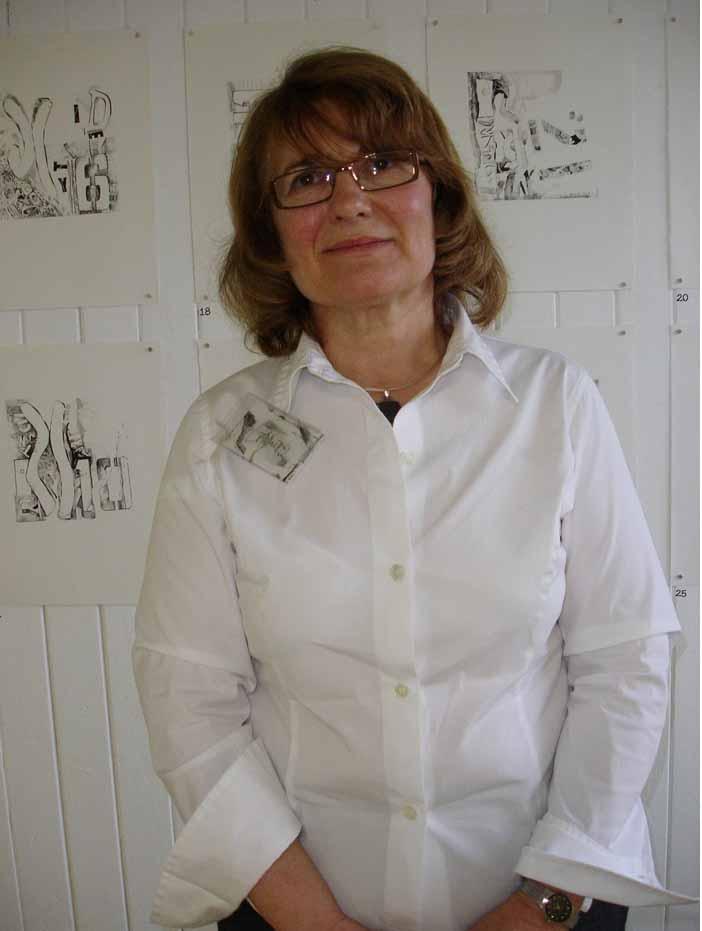 Lorraine photo of her.jpg