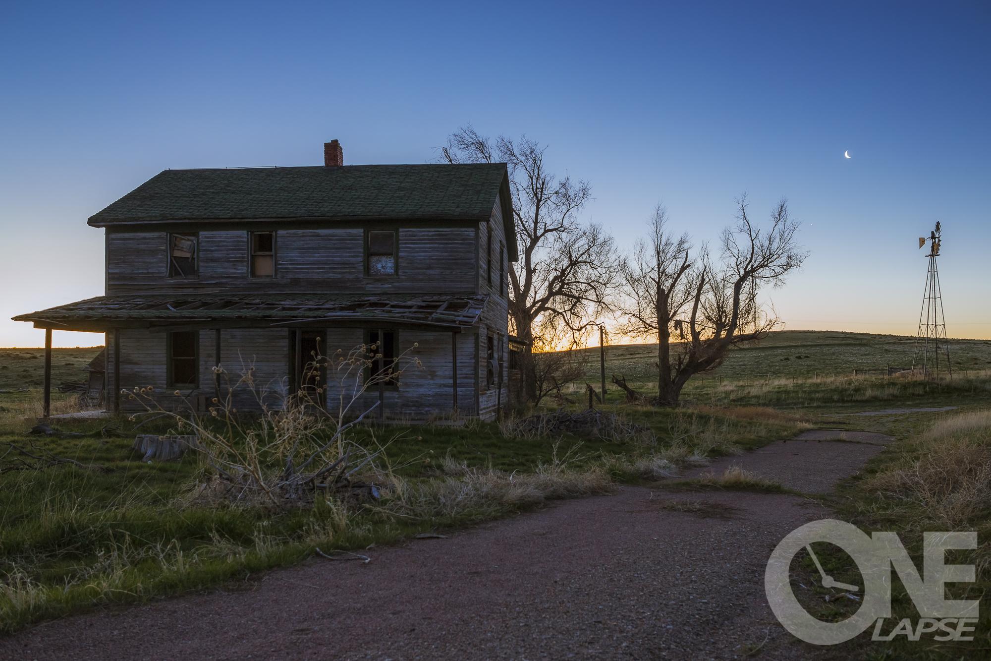 homesteadMoonRise-.JPG