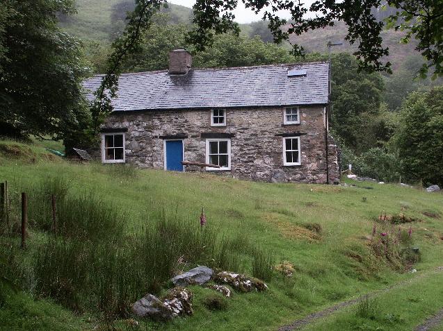 Bron-Yr-Aur Cottage.jpg