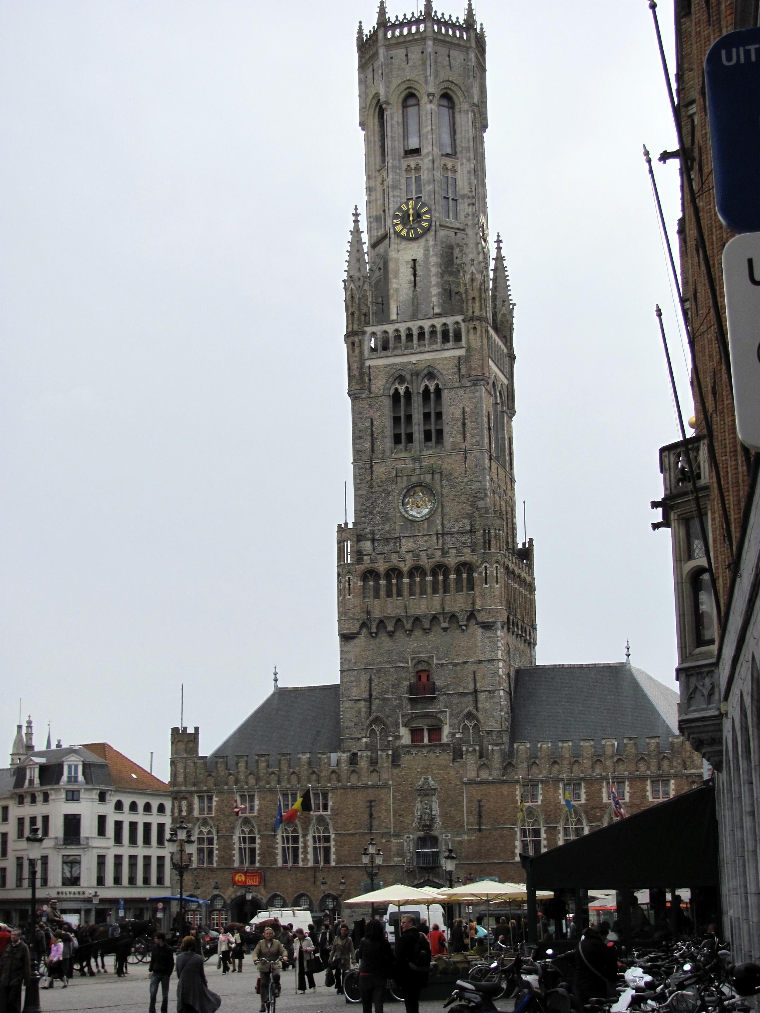 Markt 14 Square, Bruges, Belgium, VHS 2010