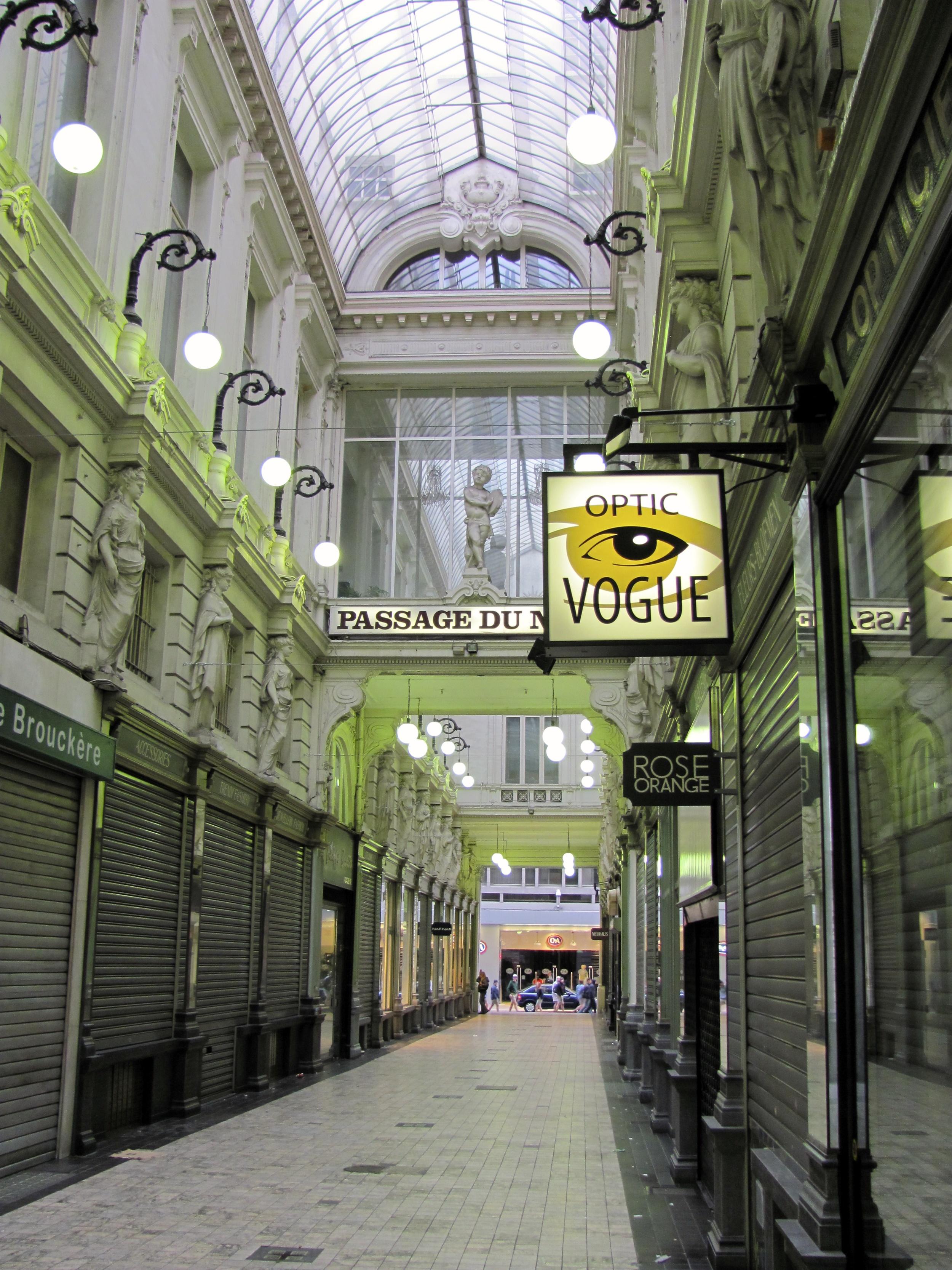 Passage du Neuhaus, off Rue Neuve, Brussels, Belgium, VHS 2010