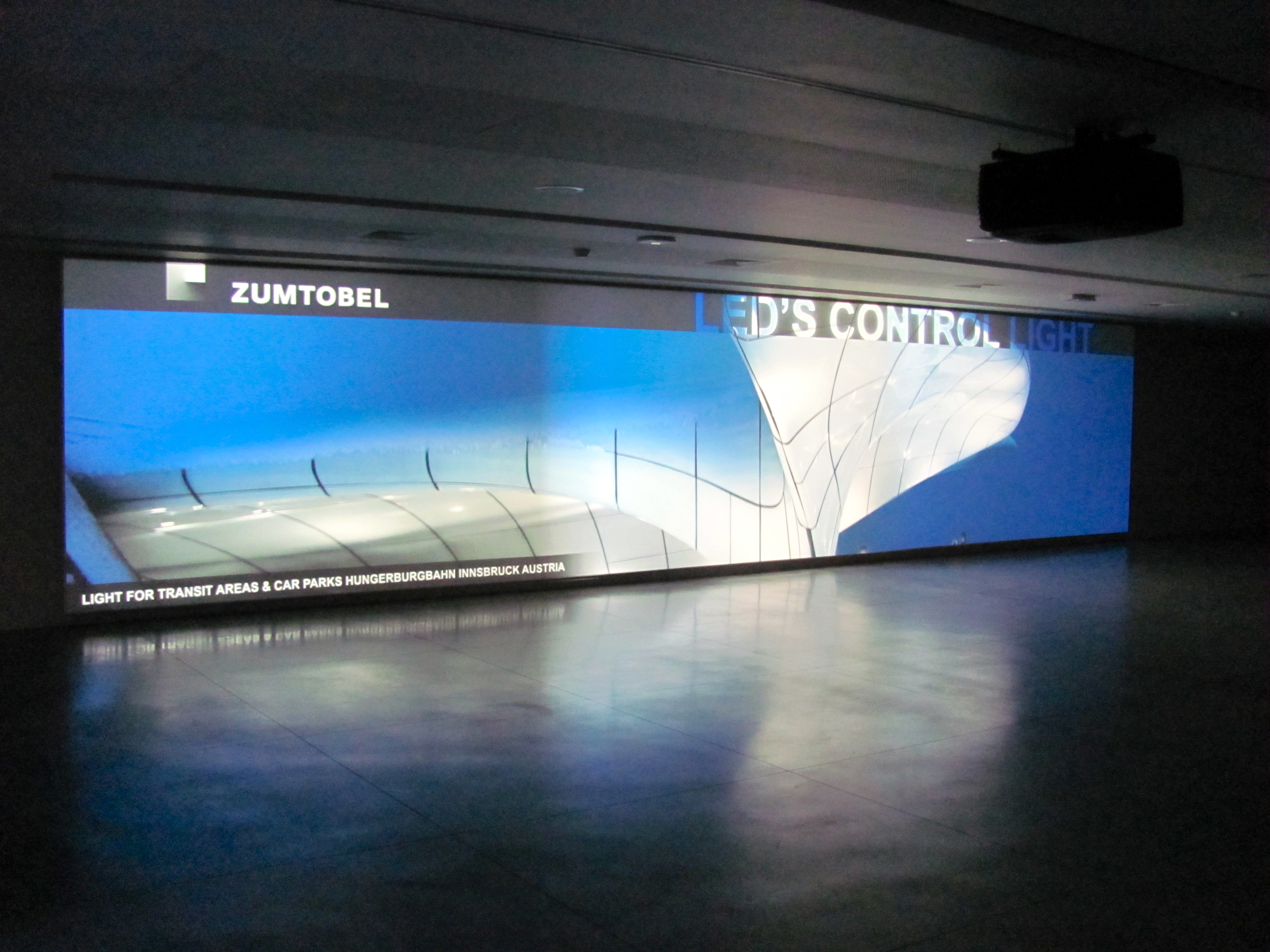 Meeting hall foyer with dynamic screen wall, Brussels Meeting Centre by A2RC Architects, Brussels, Belgium, VHS 2010