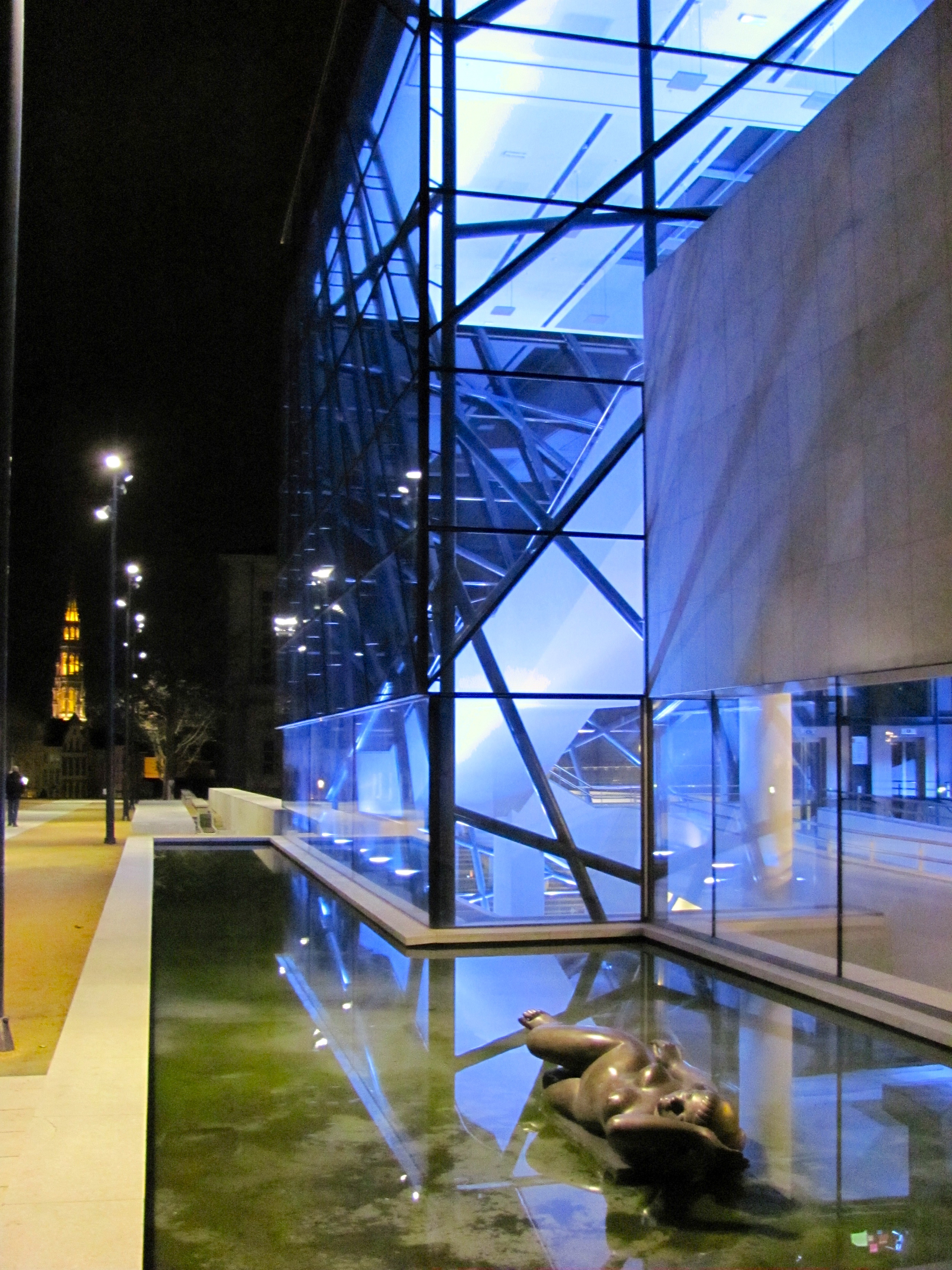 Pavilion in reflecting pool, Brussels Meeting Centre by A2RC Architects, Brussels, Belgium, VHS 2010