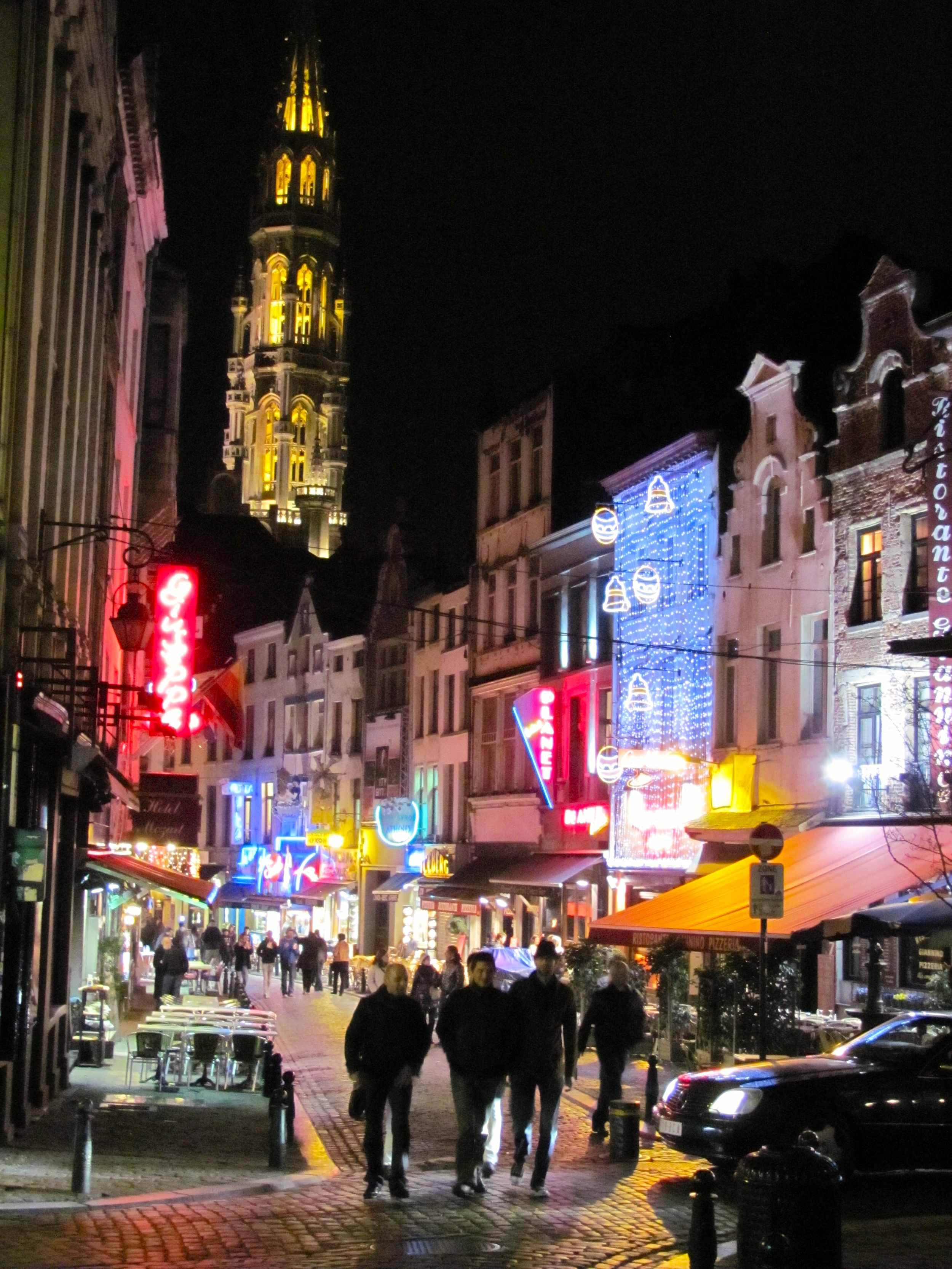Street night view of Hotel de Ville de Bruxelles - formerly Town Hall, 15th Century Gothic, Grand Place, Old City Brussels, Belgium, VHS 2010