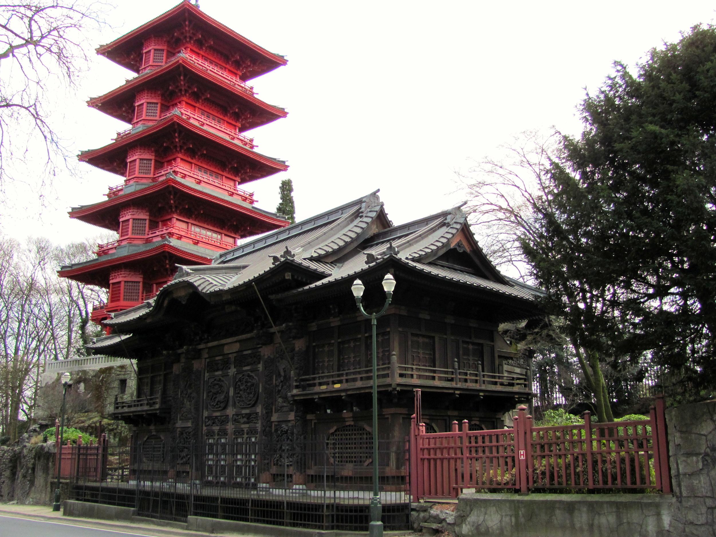 Pagoda, Jardin de la Tour Japonaise on the Domain Royal de Lacken (Royal Greenhouses), Brussels, Belgium, VHS 2010