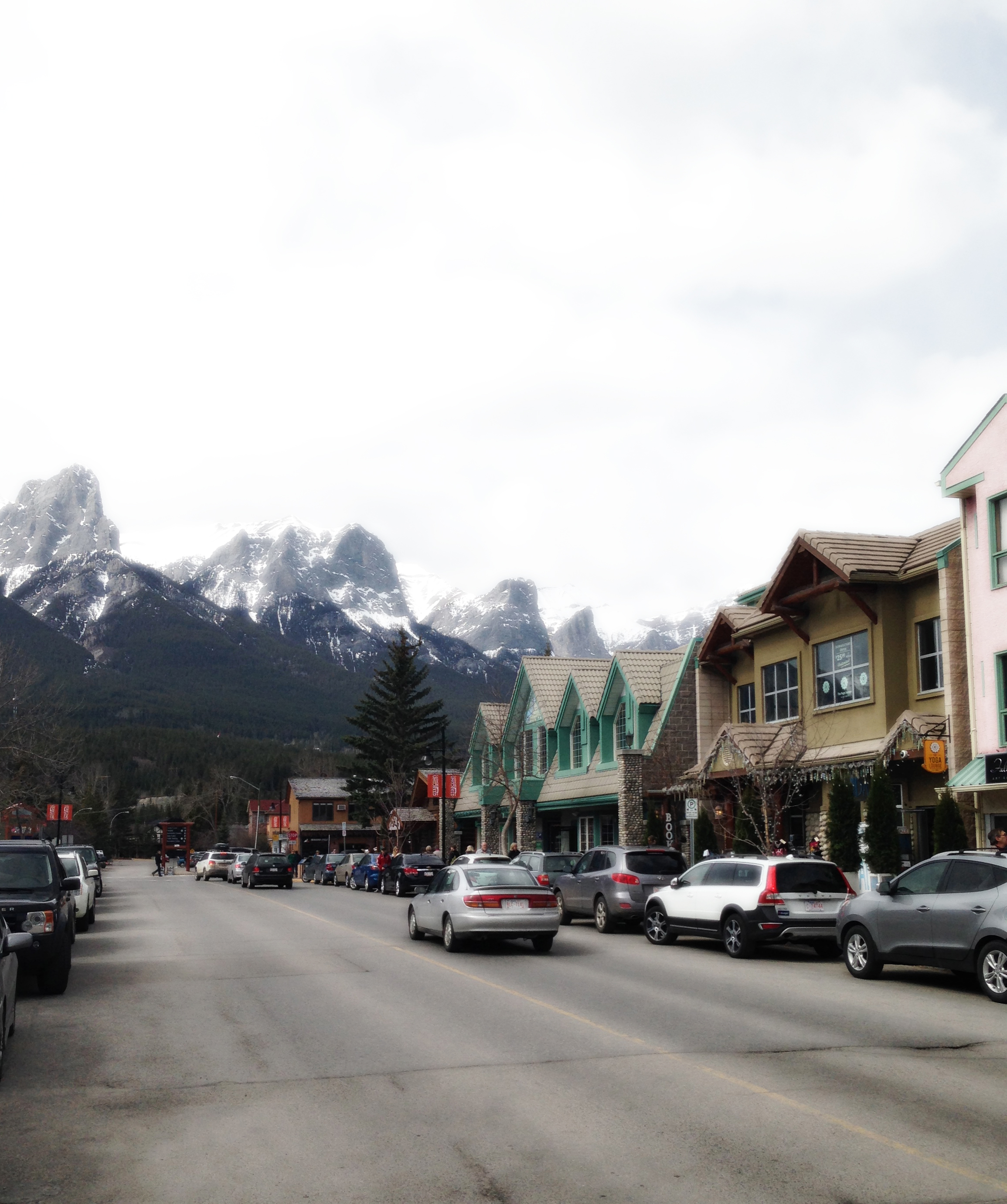 Downtown Canmore  Alberta, VHS 2015