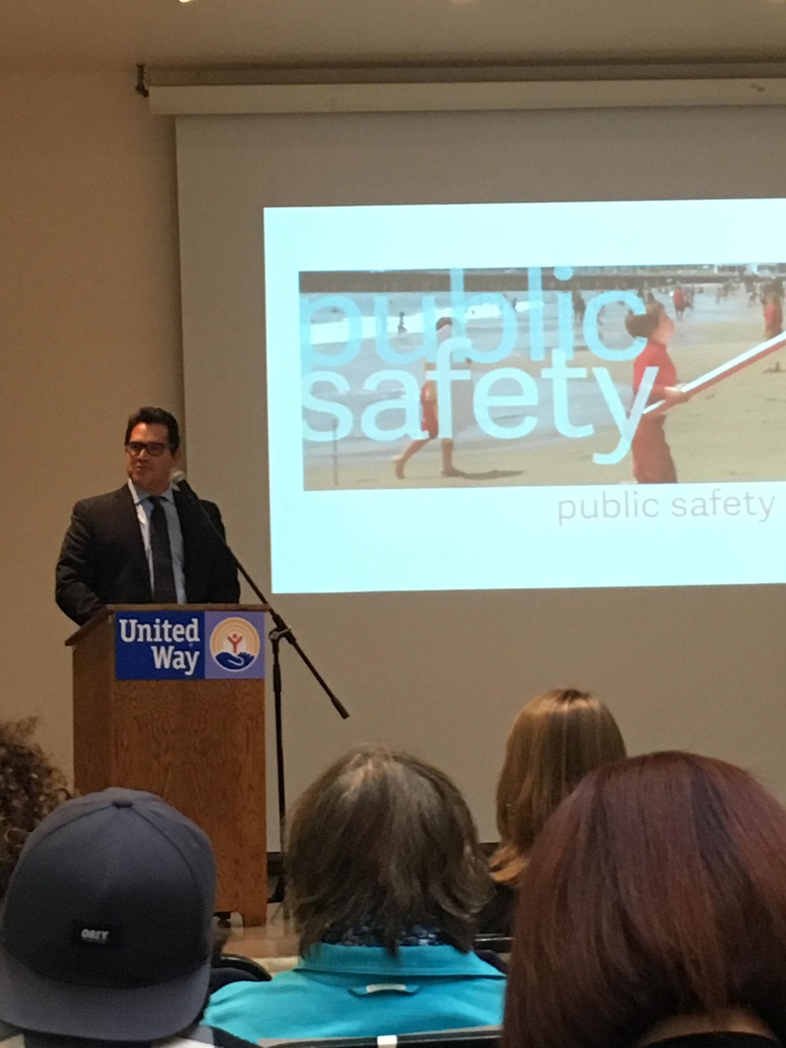 Director of Santa Cruz County Probation Department Fernando Giraldo presenting the public safety findings.