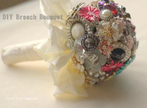 DIY Brooch Bouquet