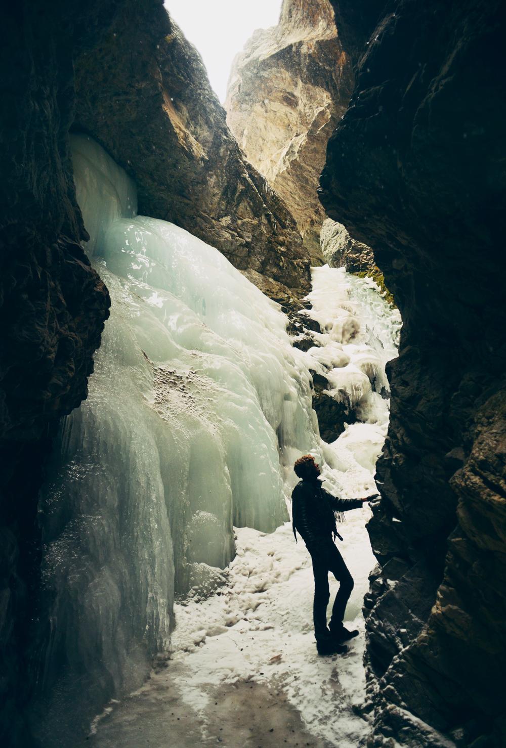 frozen-waterfall.jpg