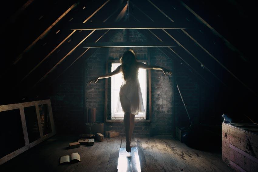 magic-attic-mirror-small.jpg