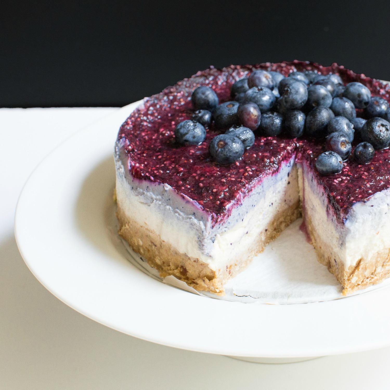 Blueberry Cheesecake with Quinoa Flake Crust_3.jpg