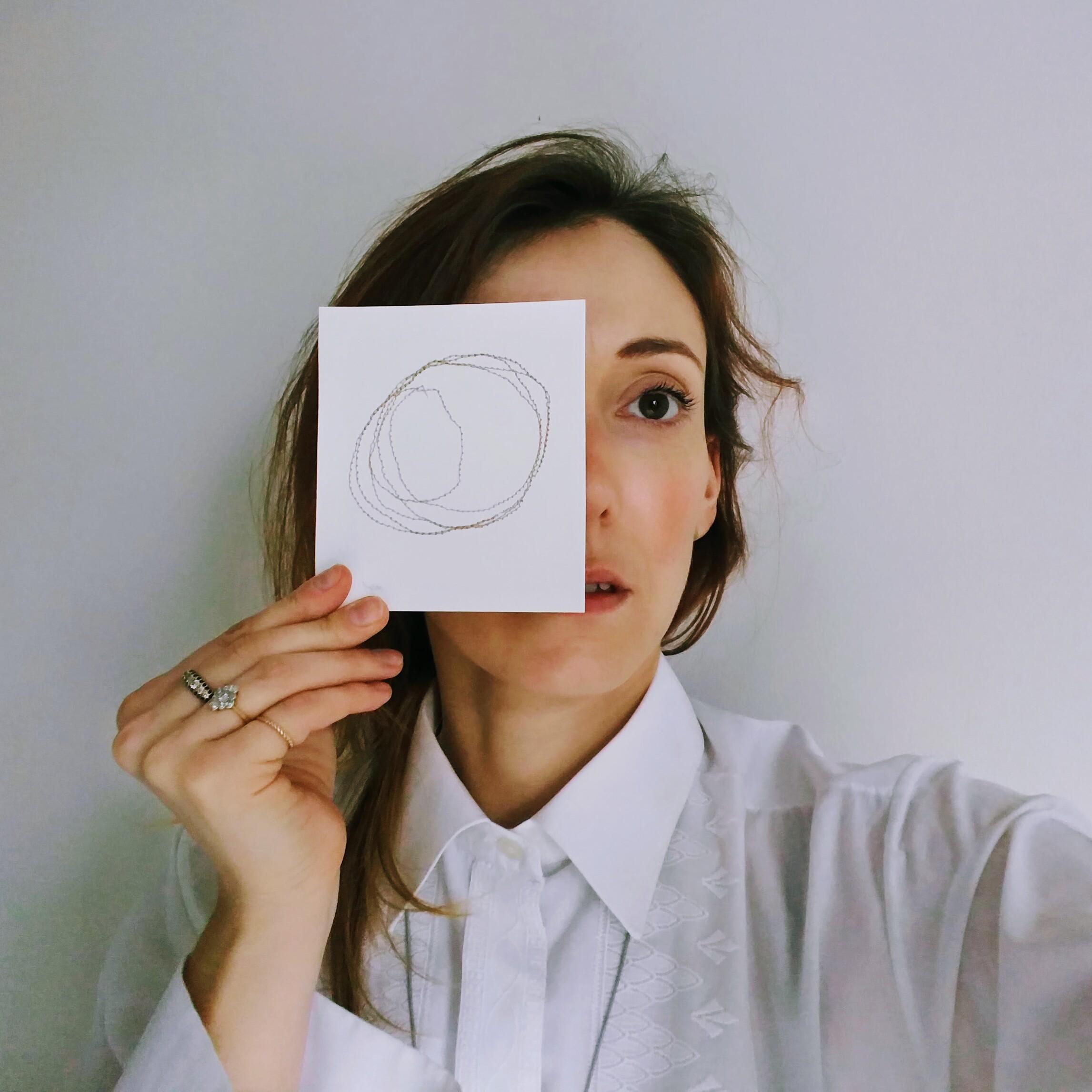 McClure, Oona - artist profile photo.jpg