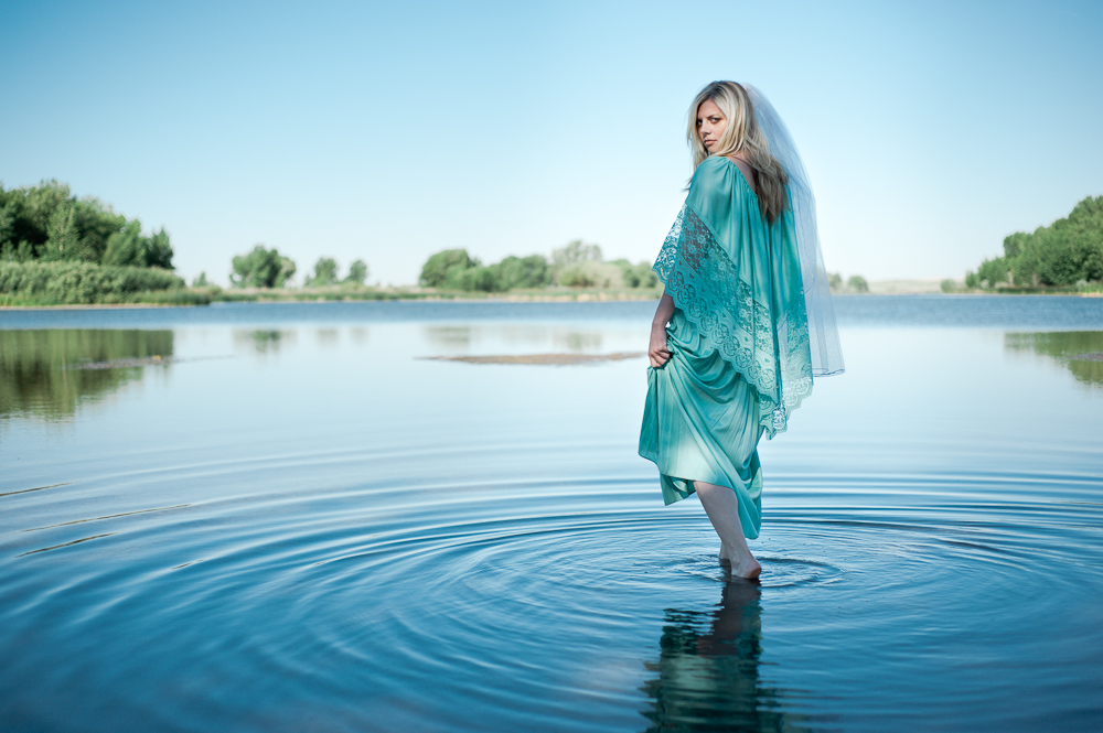 bride in the water ripples lady of the lake