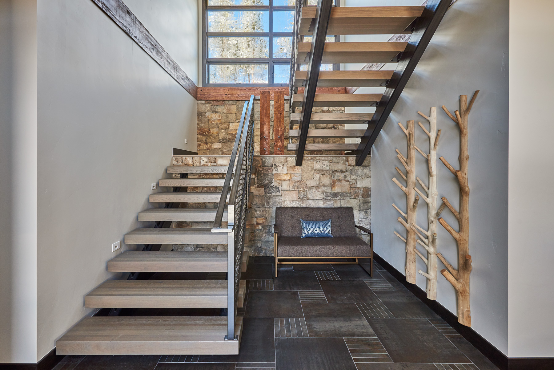 custom design open stair way wood and metal 328.jpg