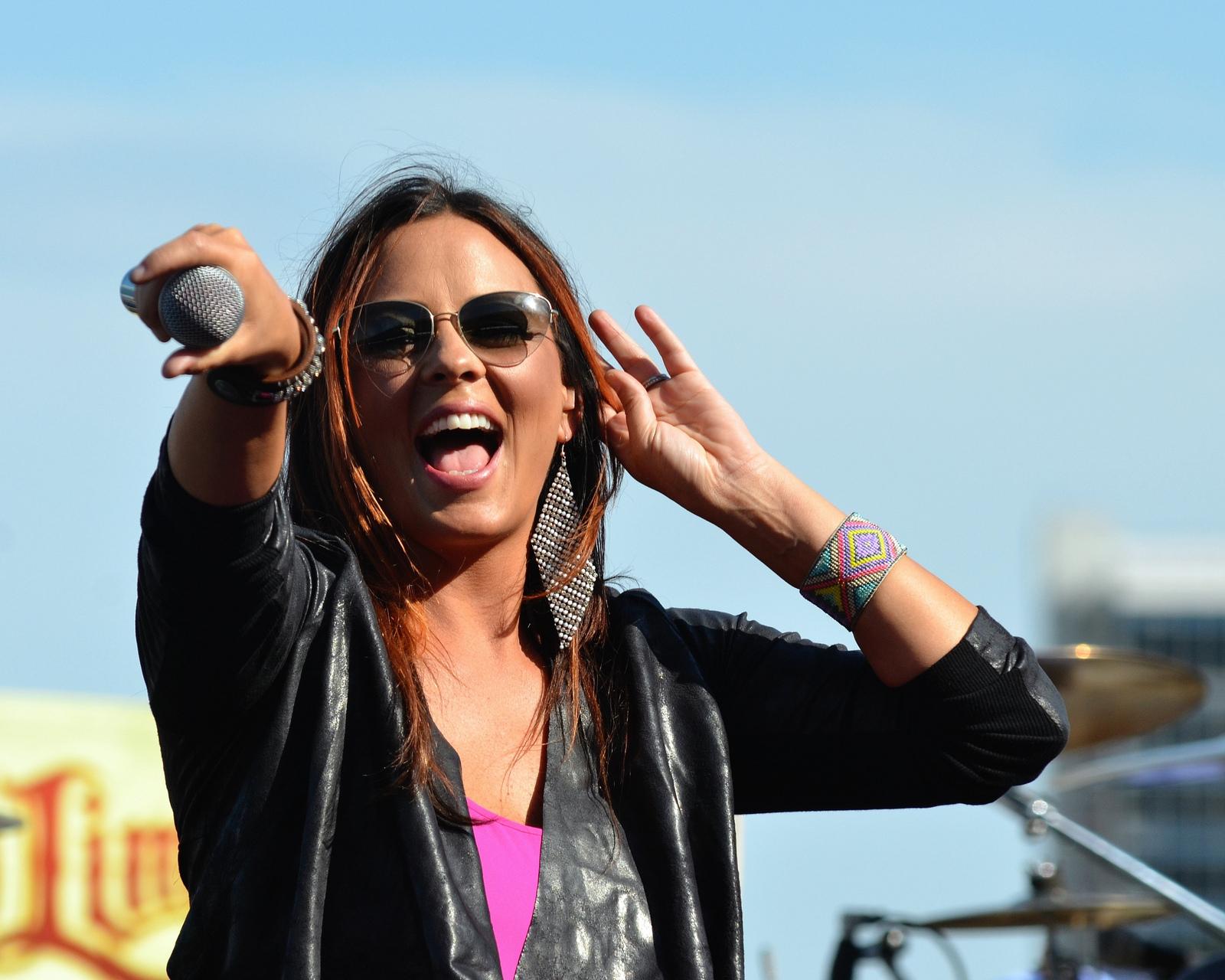 Sara Evans performing at the Texas Motor Speedway