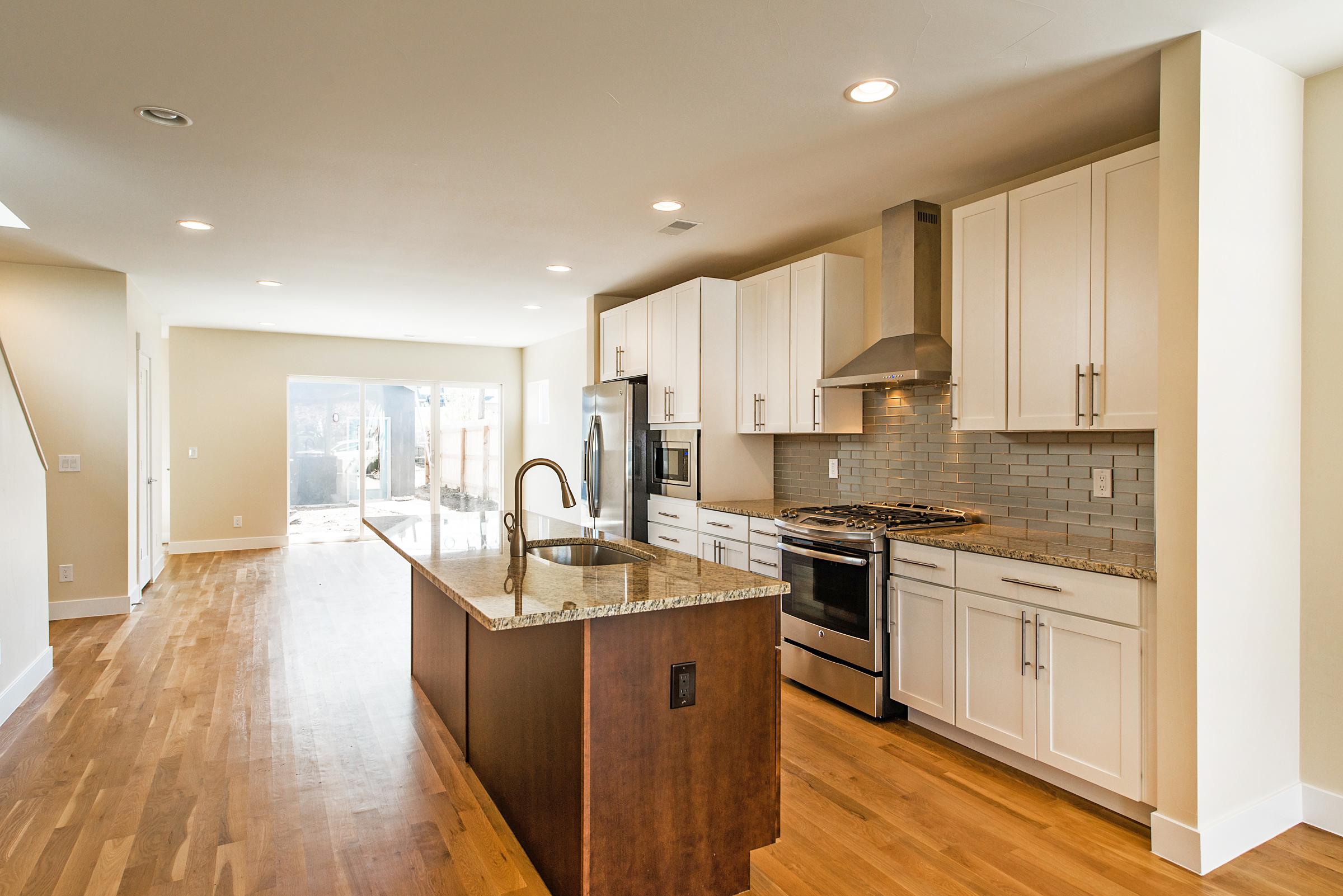 Kitchen_high_2238809.jpg