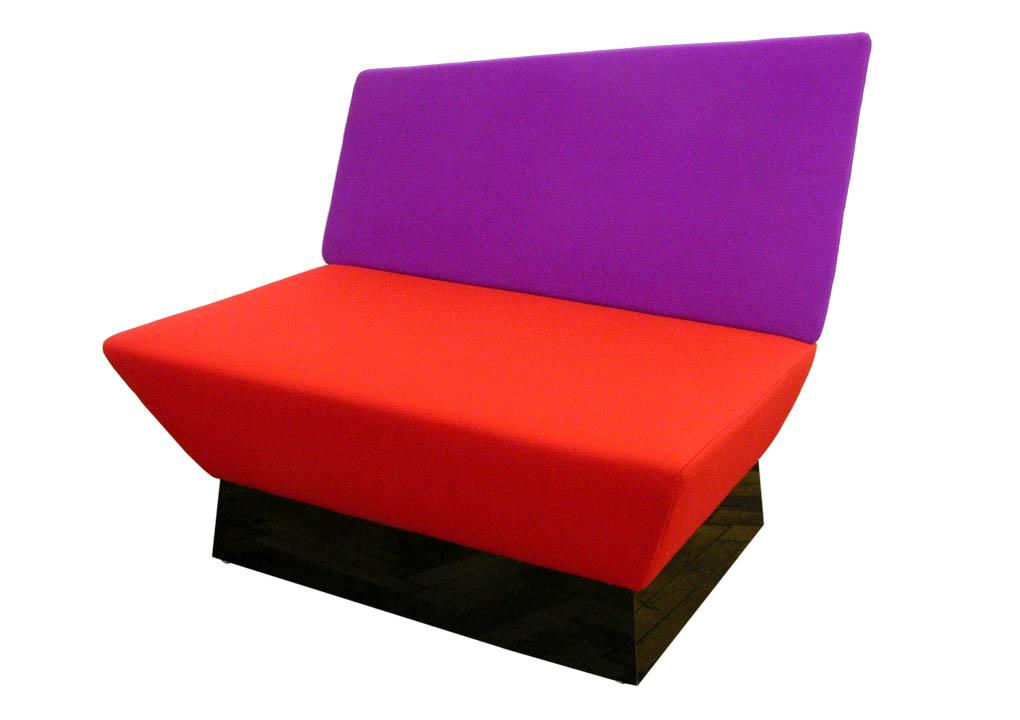 A2_BL_chair_3262_1020.jpg