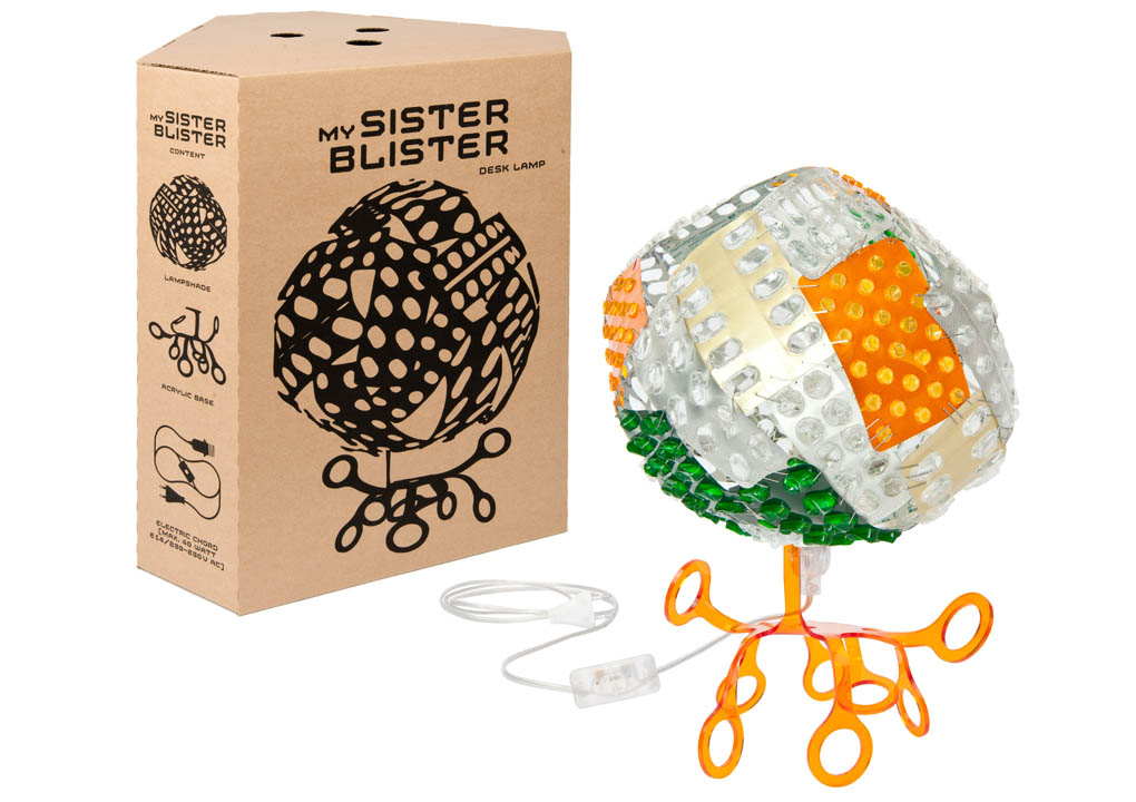 MY_SISTER_BLISTER_box_lamp_O_1020.jpg