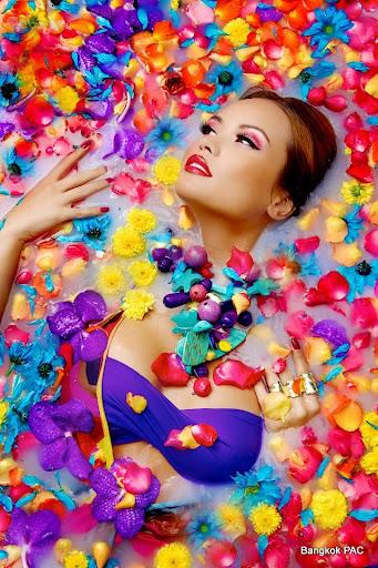 bangkok models flowers Nikita Parlevliet 1.jpg