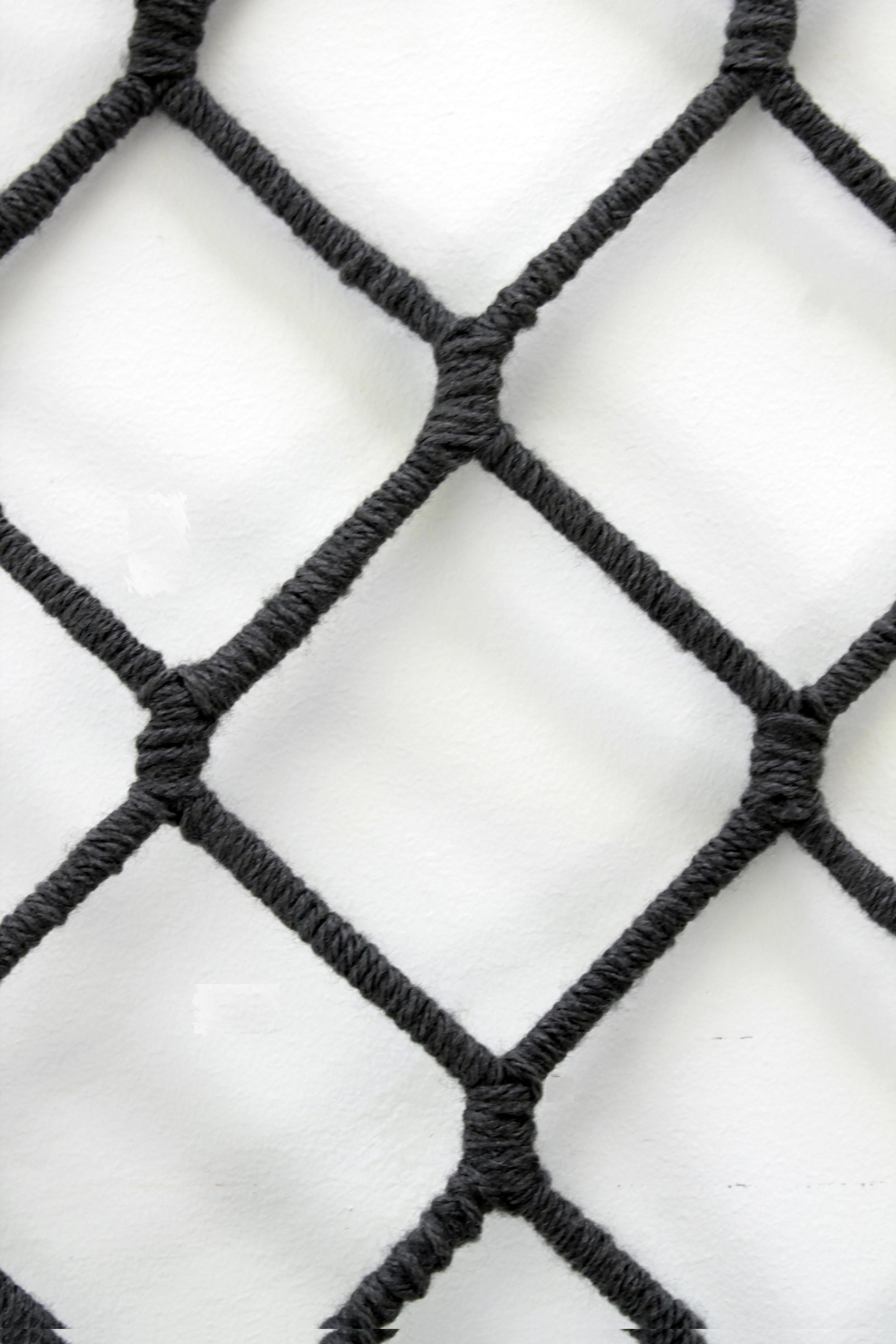 yarn-fence-detail copy.jpg