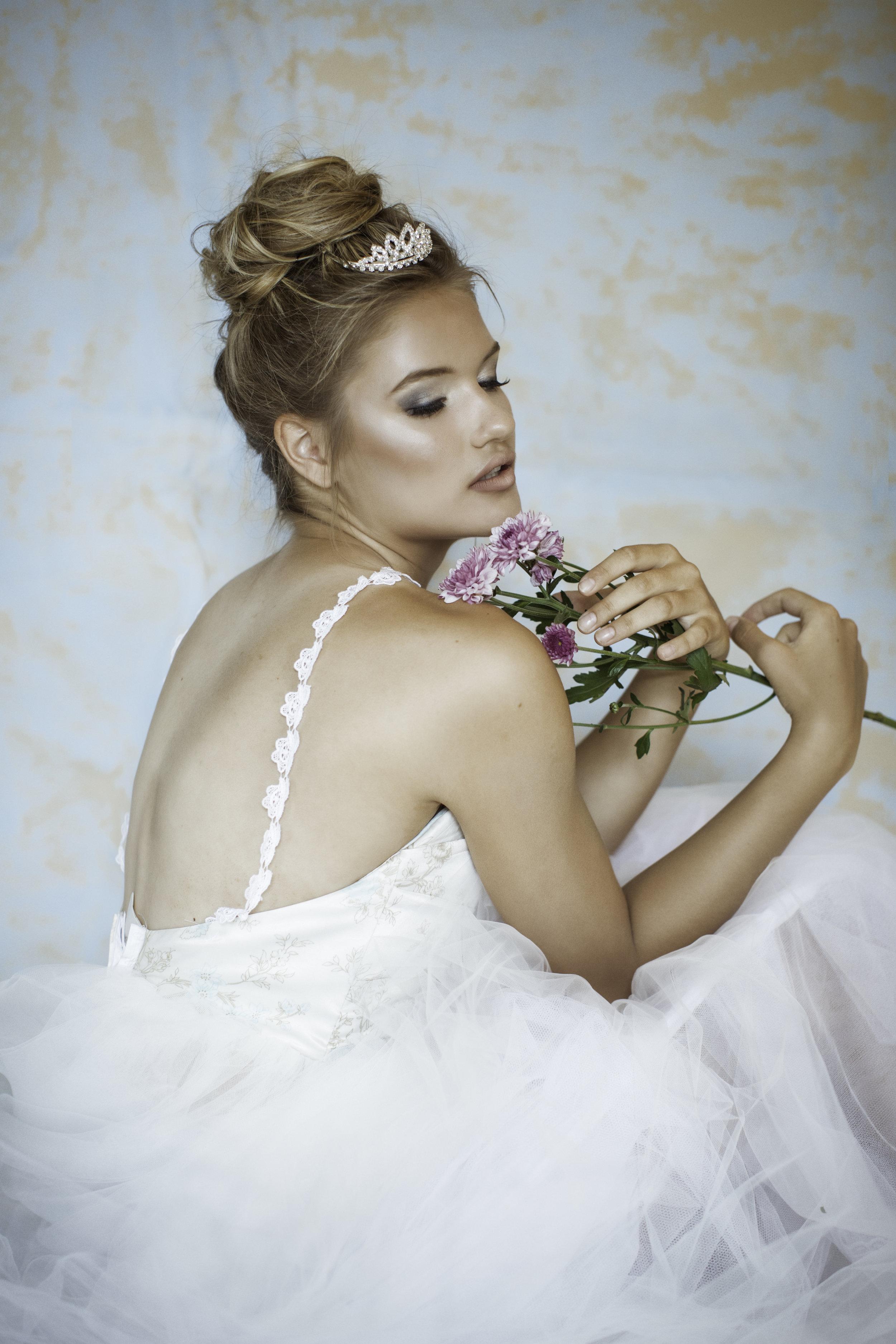 Model: Elizabeth Varga   Makeup Artist/Hairstylist: Jennifer Gjertsen of Jack'd Up Beauty Boutique