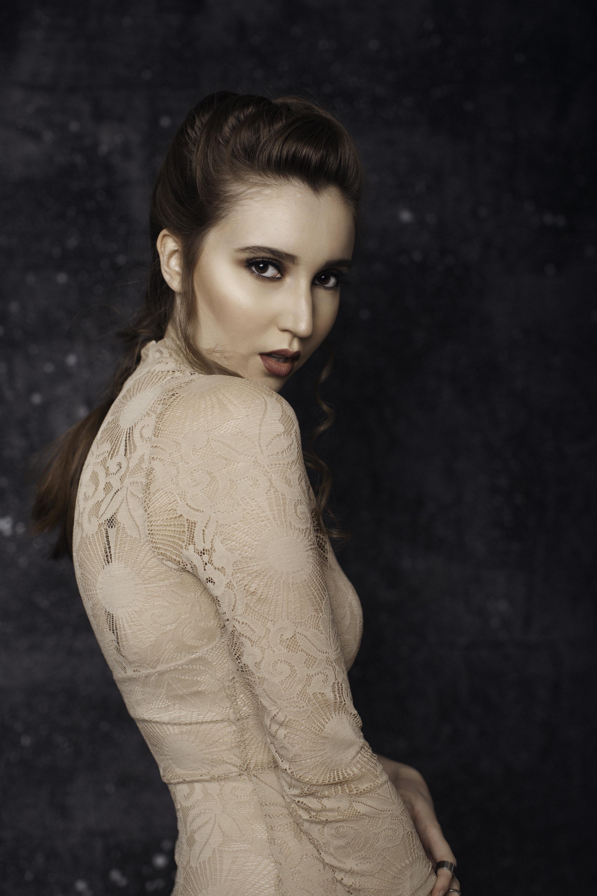 Model: Jordan LaRiviere   Makeup Artist/Hairstylist: Hamana Arshad of HamanasArtistry