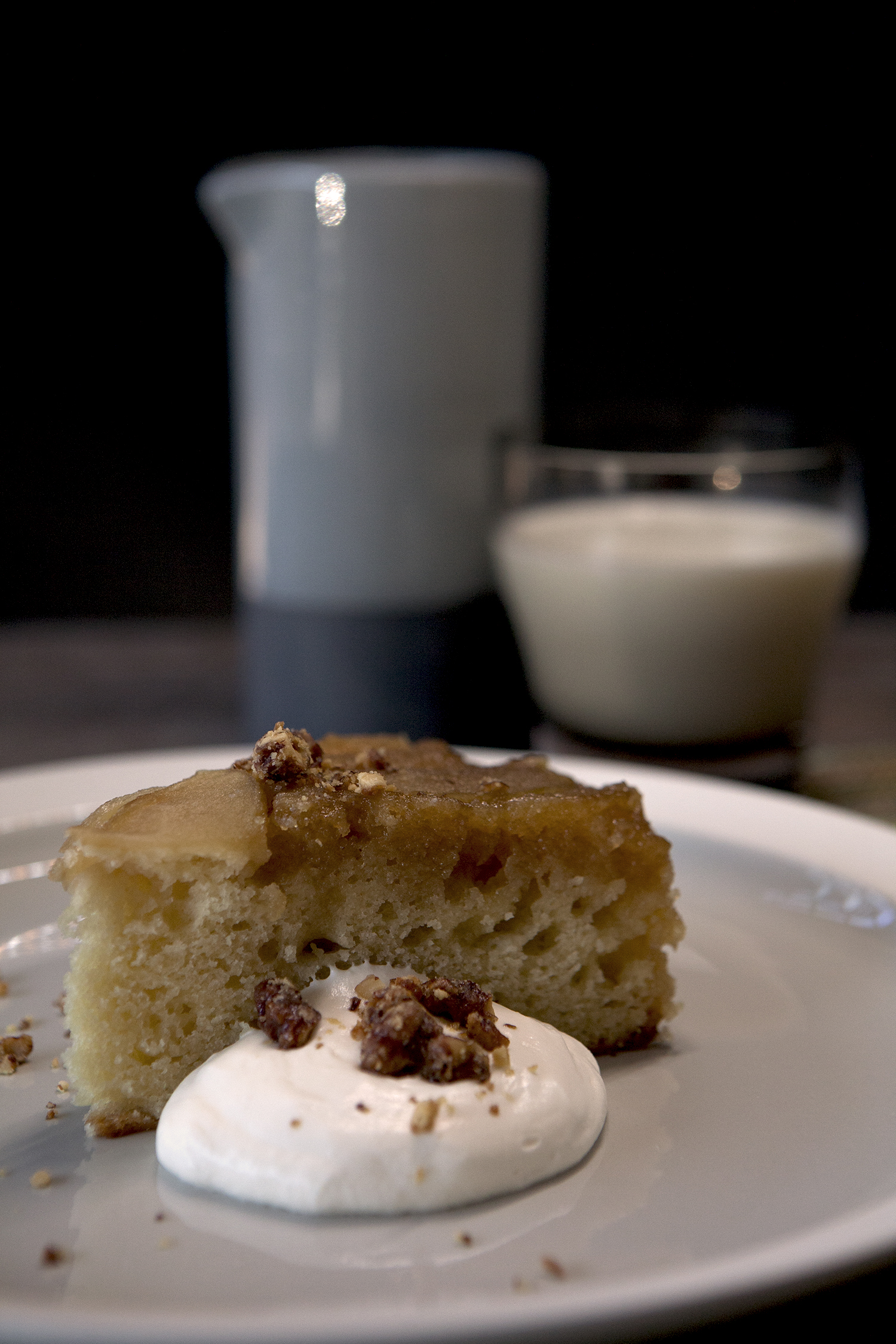 Warm apple cake with toasted walnuts