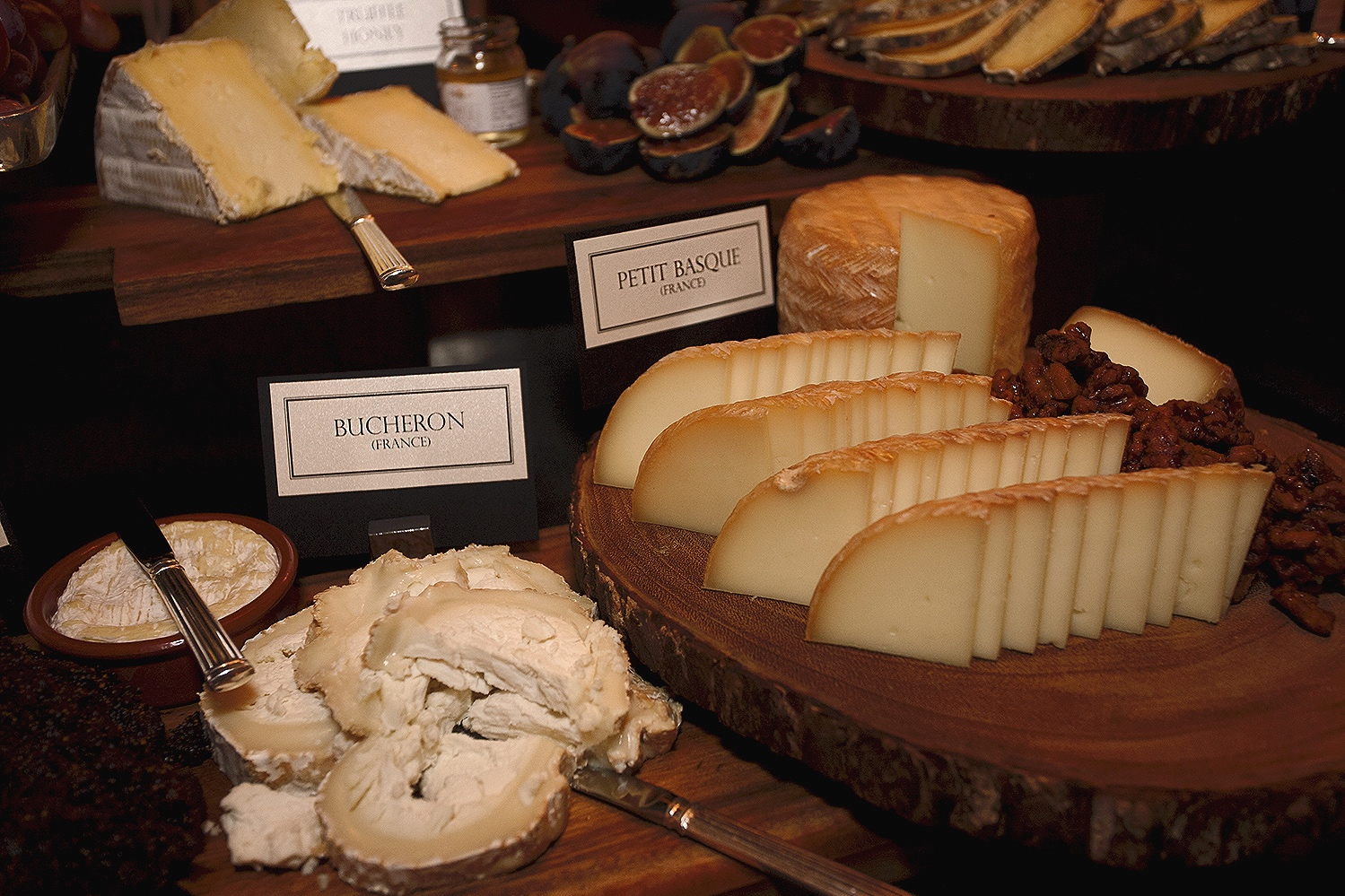 Cheese platter with Bucheron and Petite Basque