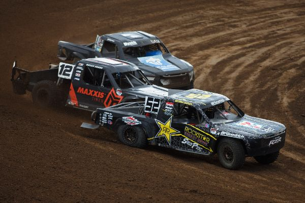 Heger (12) battled his way into the lead and made it a clean sweep of Pro Lite Courtesy Lucas Oil Off Road Racing Series