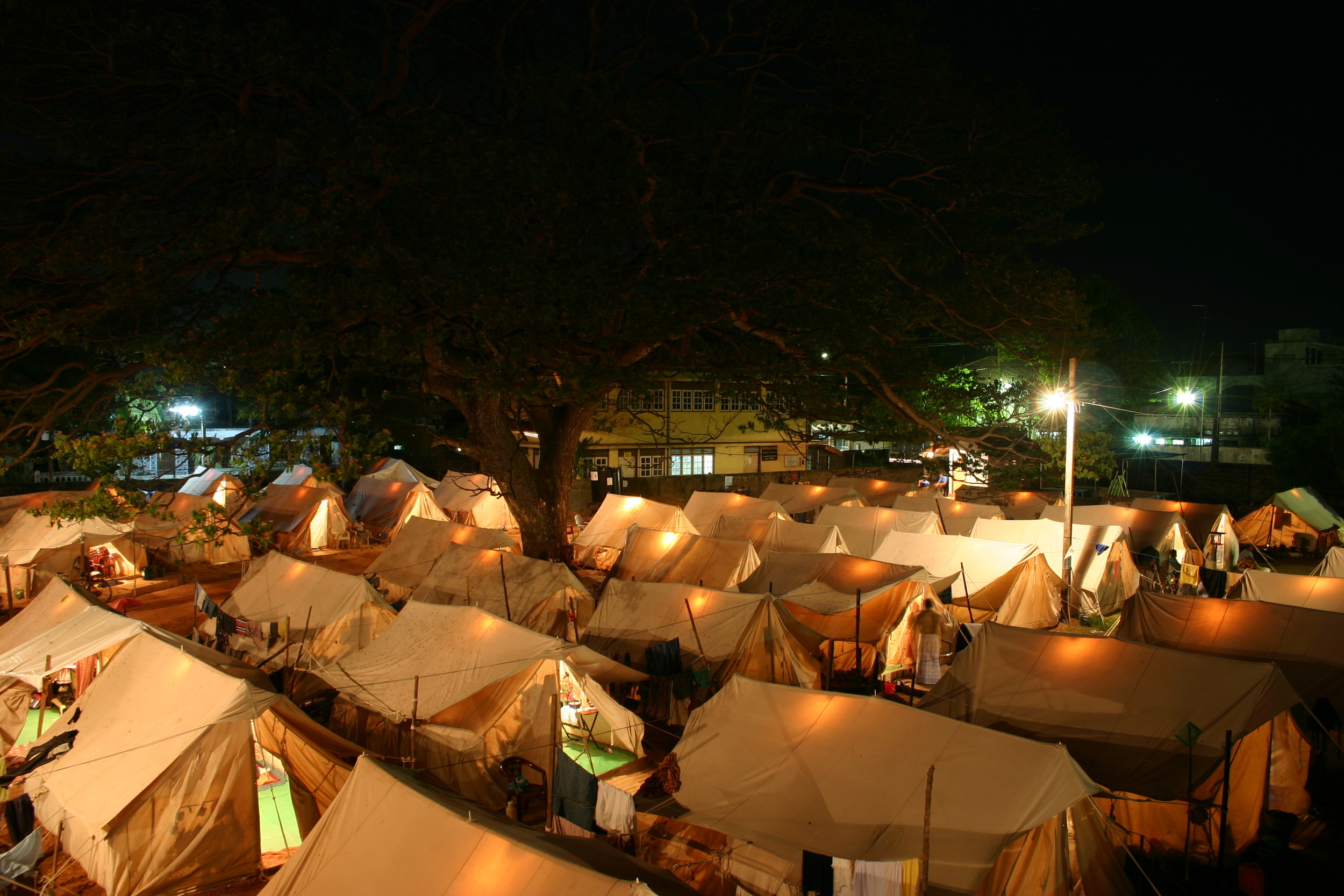 March 2005: Negombo, Tent Camp