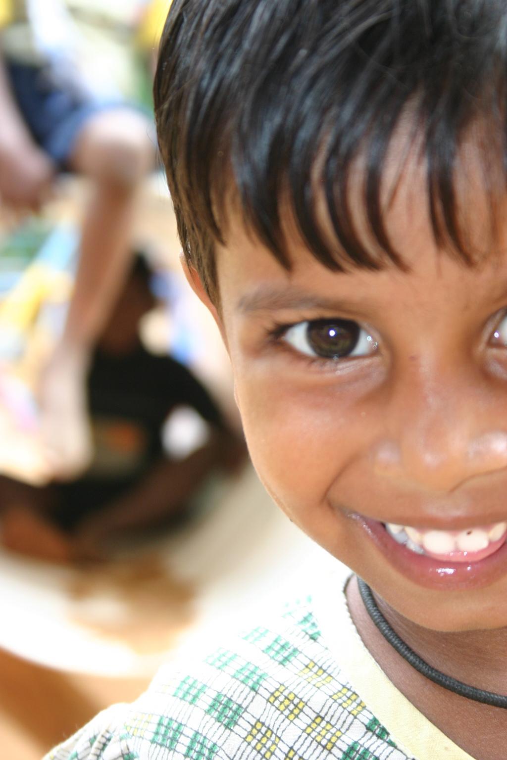 2009: Smile Lanka