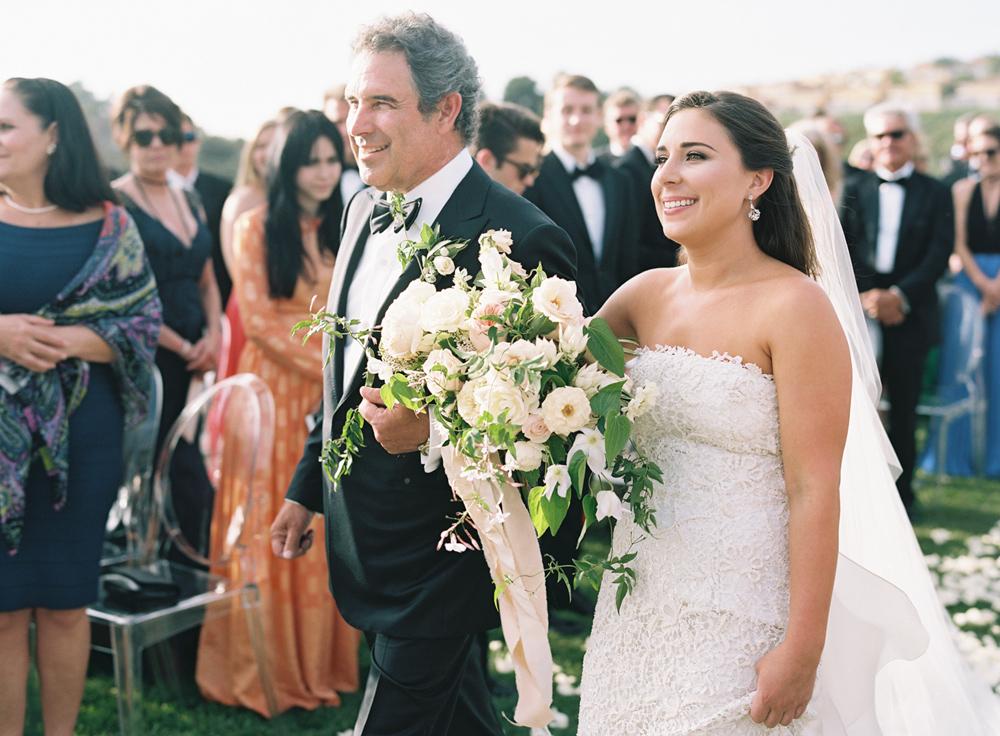 009-pelicanhill_wedding_ashleykelemen.jpg