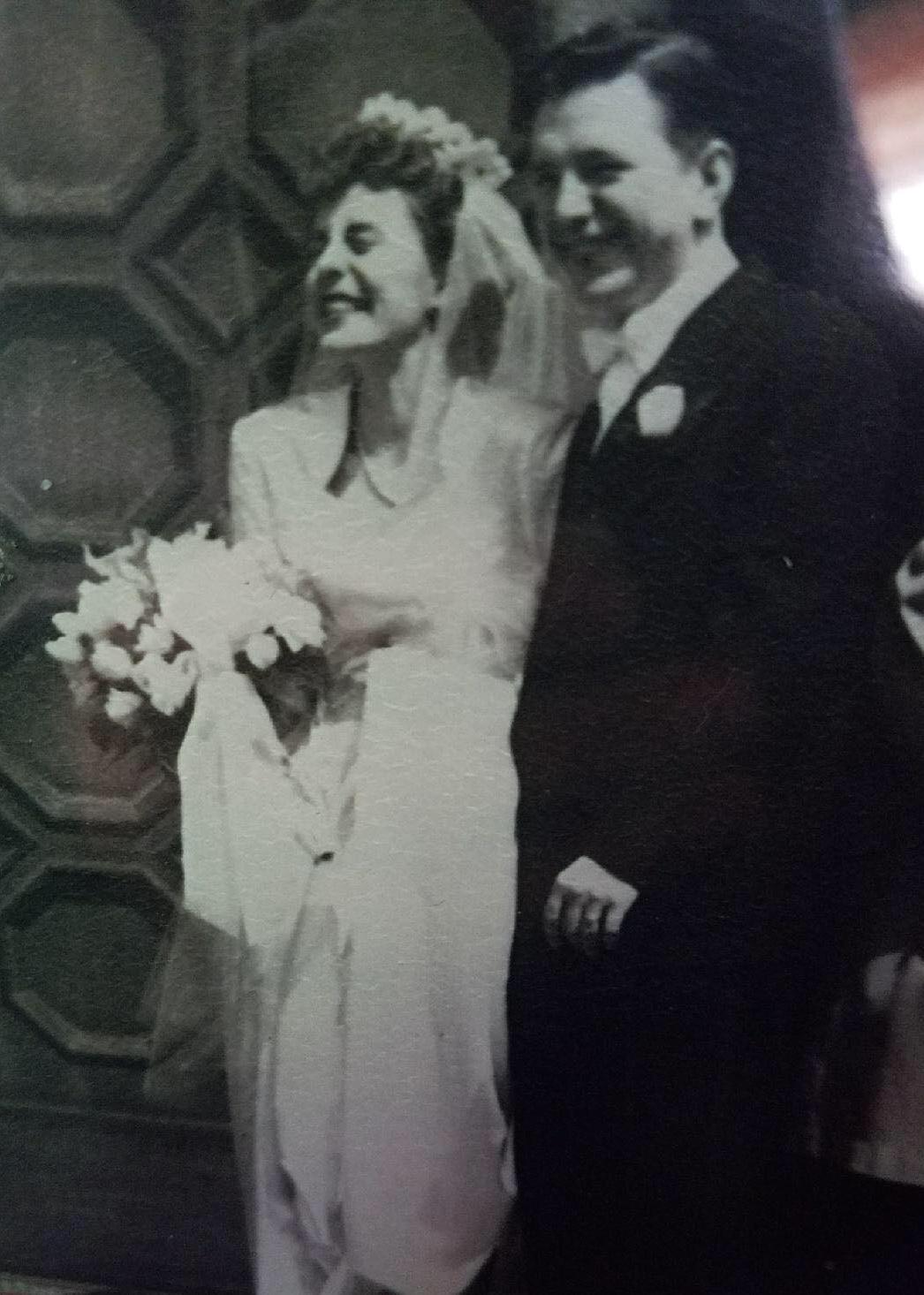 69+year+old+wedding+dress