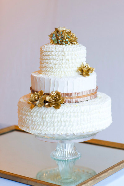 Gilded Glamour cake by NBLAP.jpg