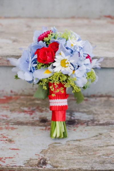 Maine Seasons Events photo Corbin Gurkin bouquet Flora Fauna.jpg