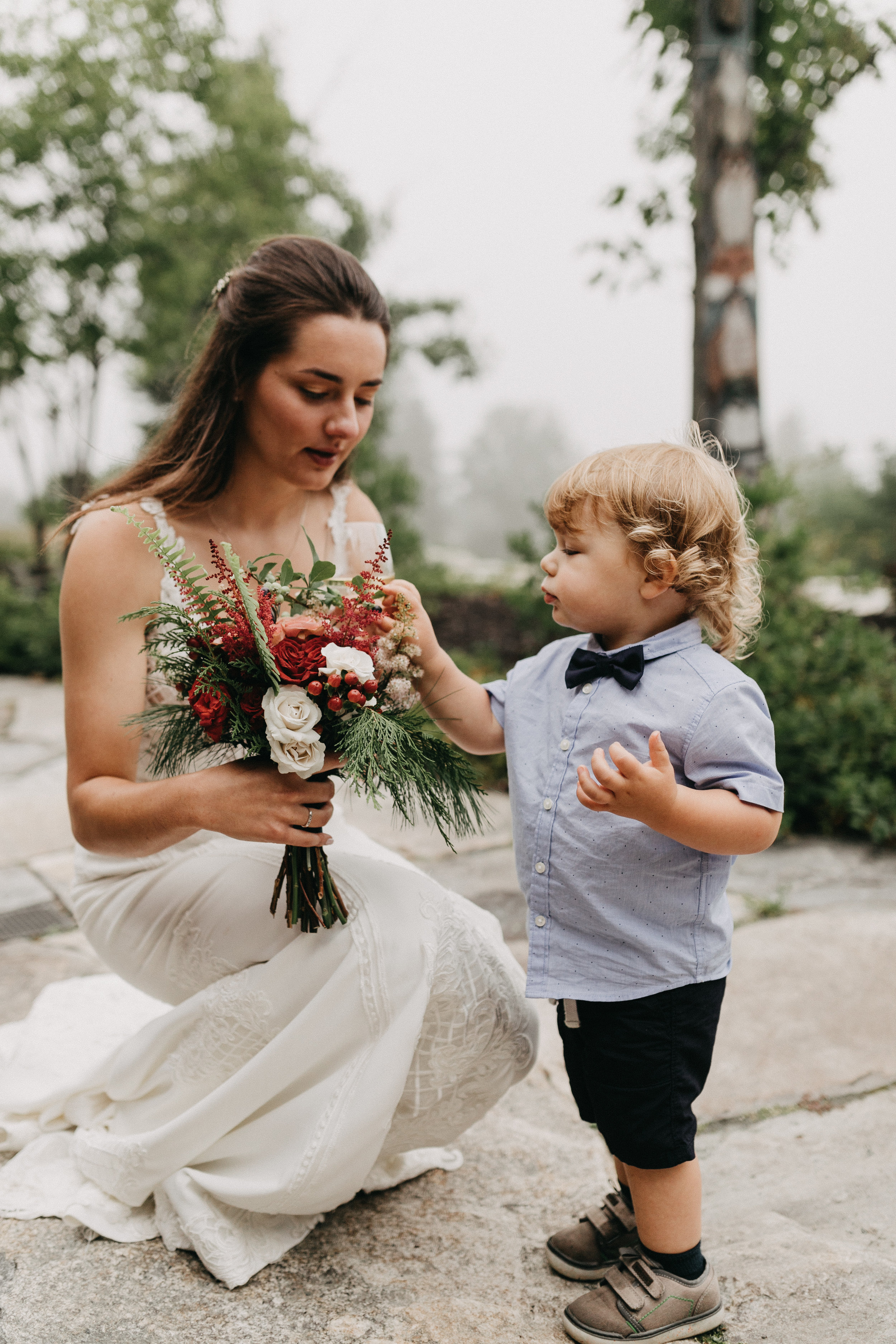 Maine Seasons Events bluberry bridal bouquet, Photo by Emily Delamater