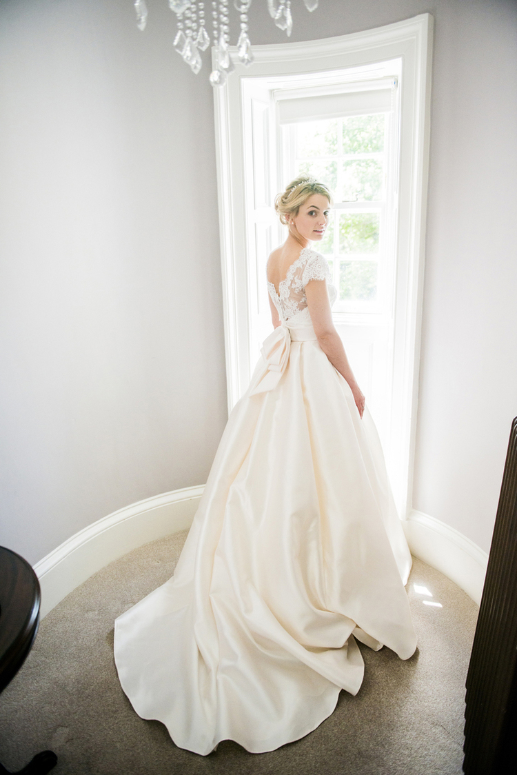 stunning bridal gown edinburgh.jpg