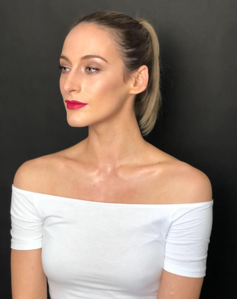 Model Makeup for Makeup Lesson