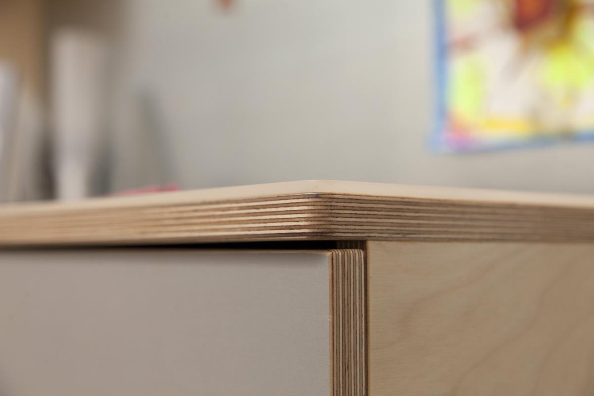 casa kids desk with plexiglass