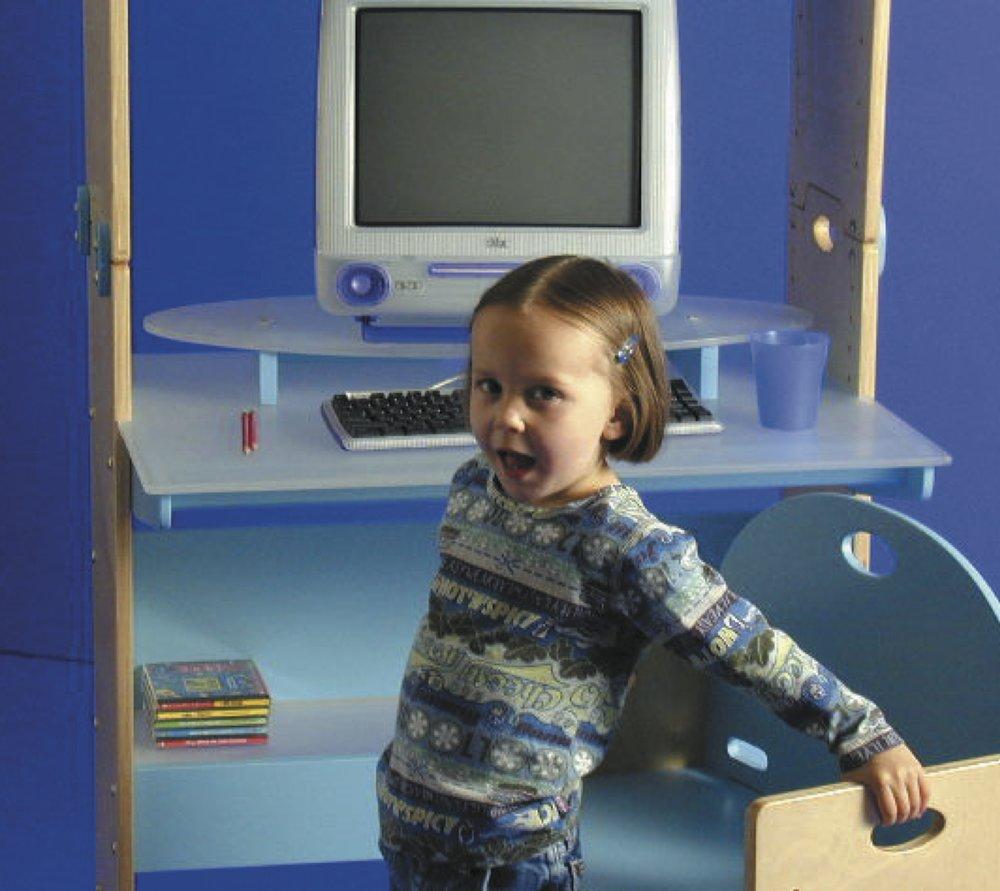Connectme desk for children.jpg