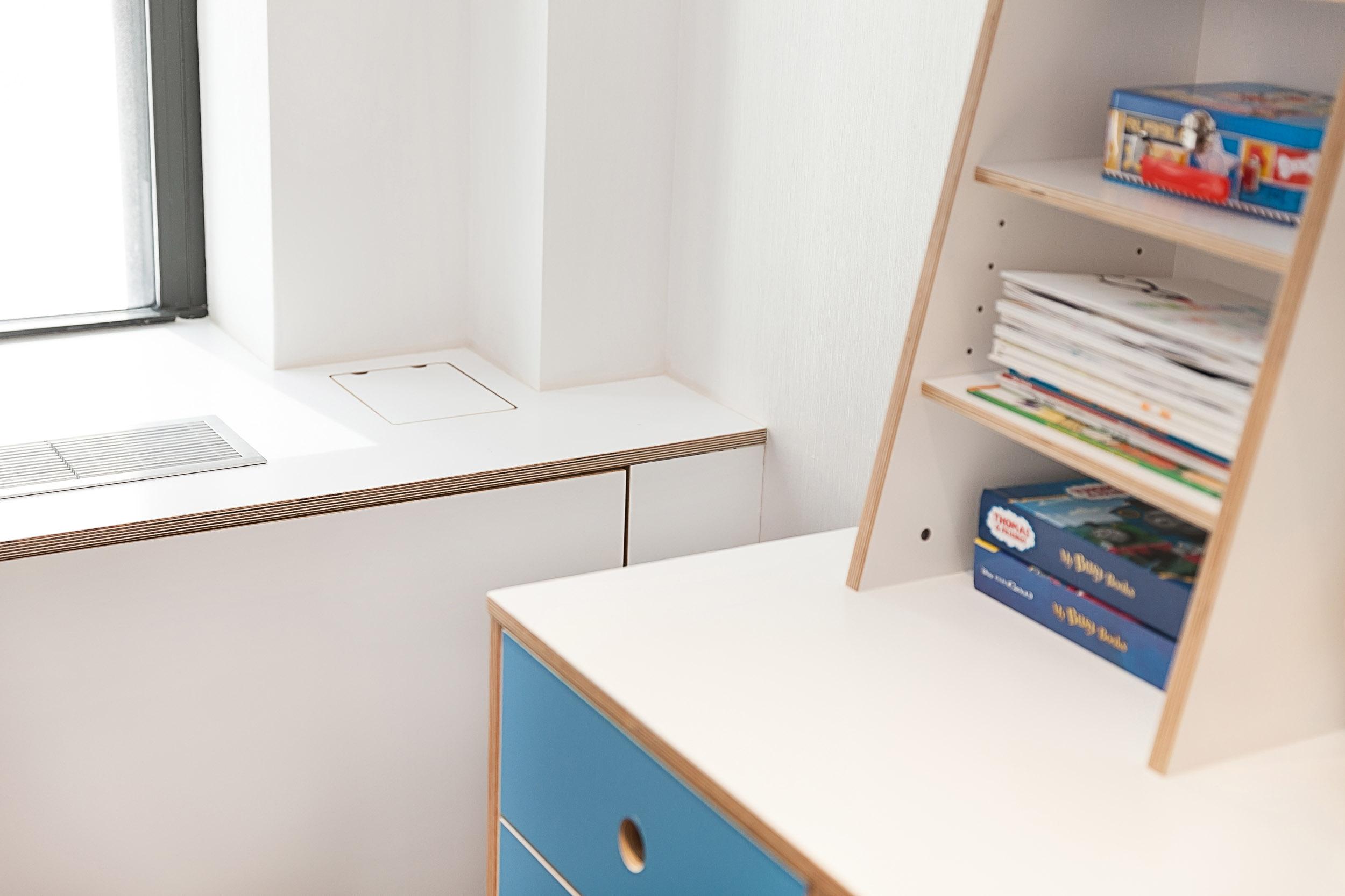 Detail Dumbo desk and radiator cover - custom colors.jpg