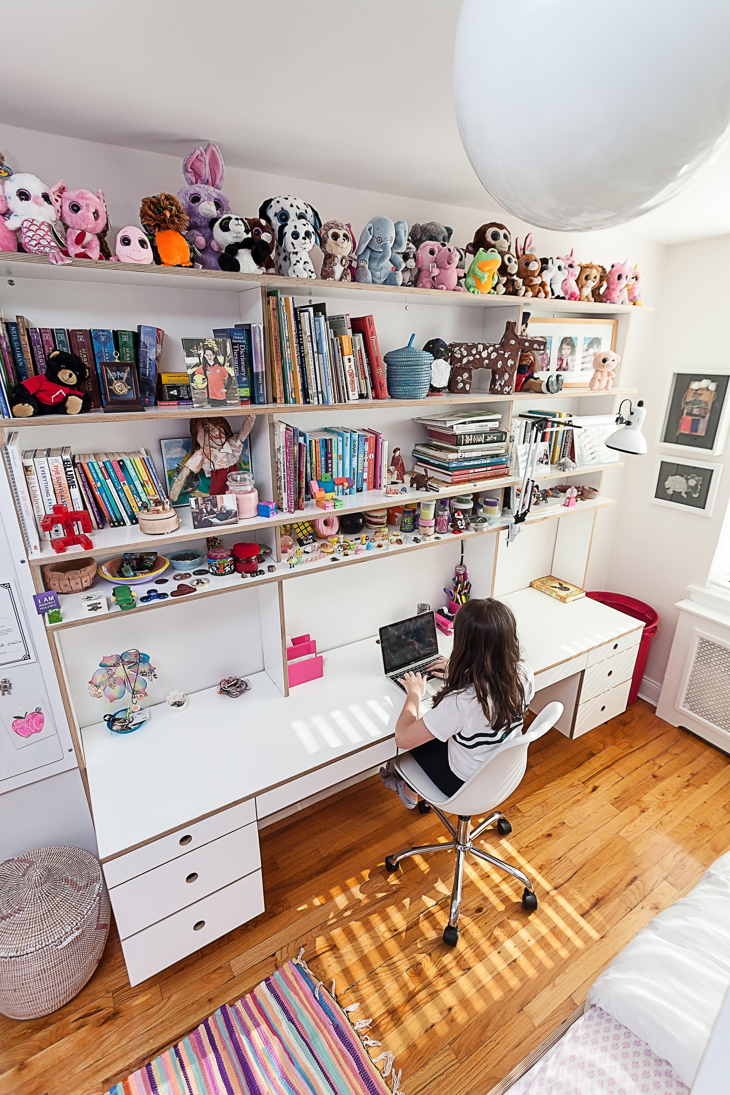 floating desk casa kids