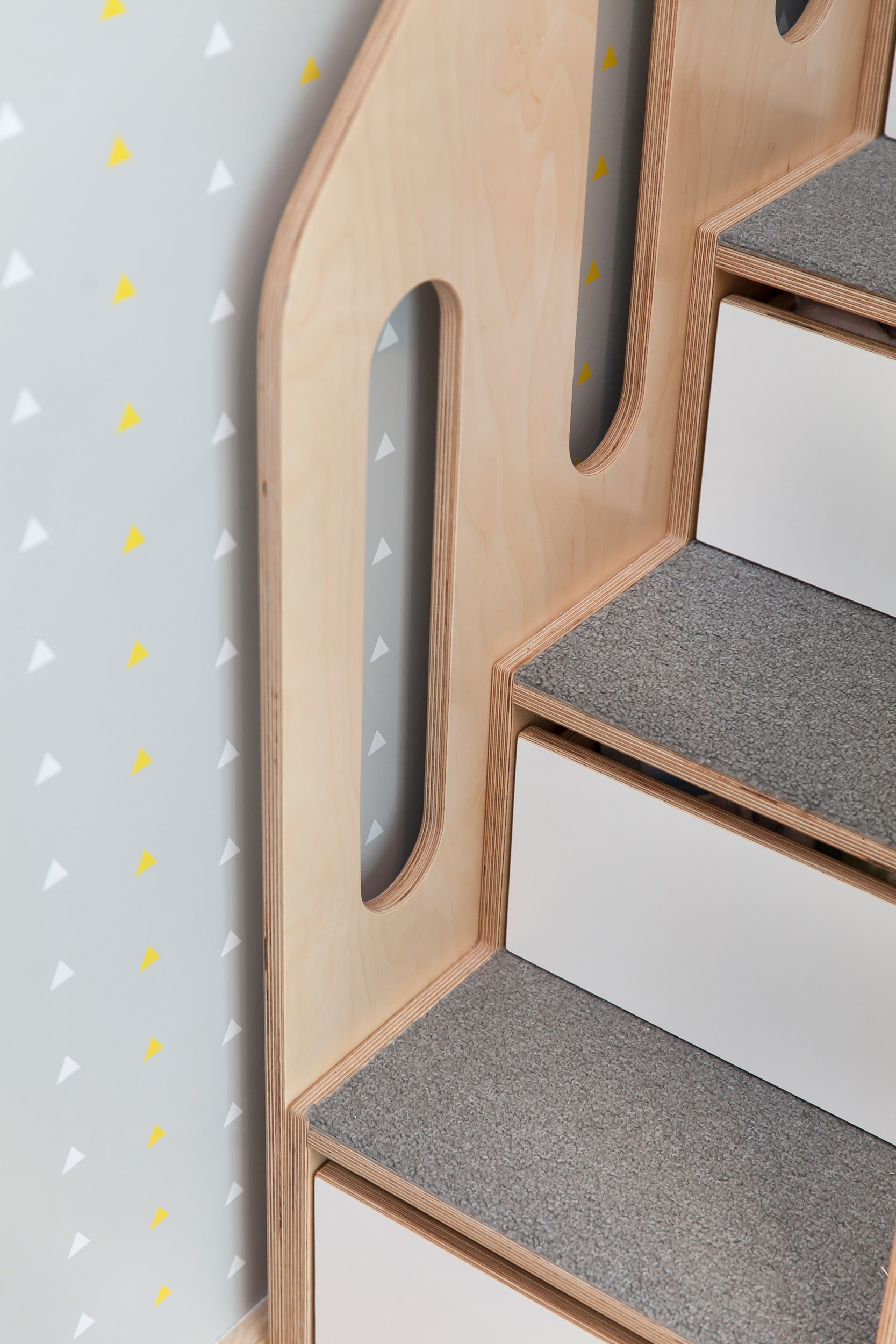 Detail LoLo Hi w_ stairs, handrails, trundle_18.jpg