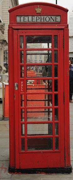 phone-booth-1147211_640.jpg